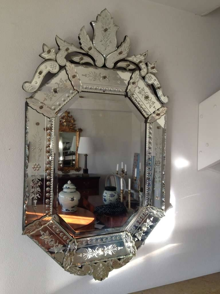 Interior: Vintage Venetian Mirror For Classic Interior Decor Inside Venetian Oval Mirrors (View 14 of 15)