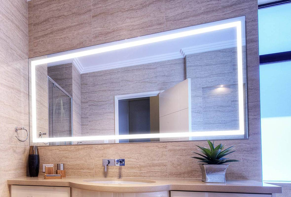 Lighted Bathroom Mirrors Large Illuminated Led Bathroom Mirror in Large Illuminated Mirrors (Image 15 of 15)