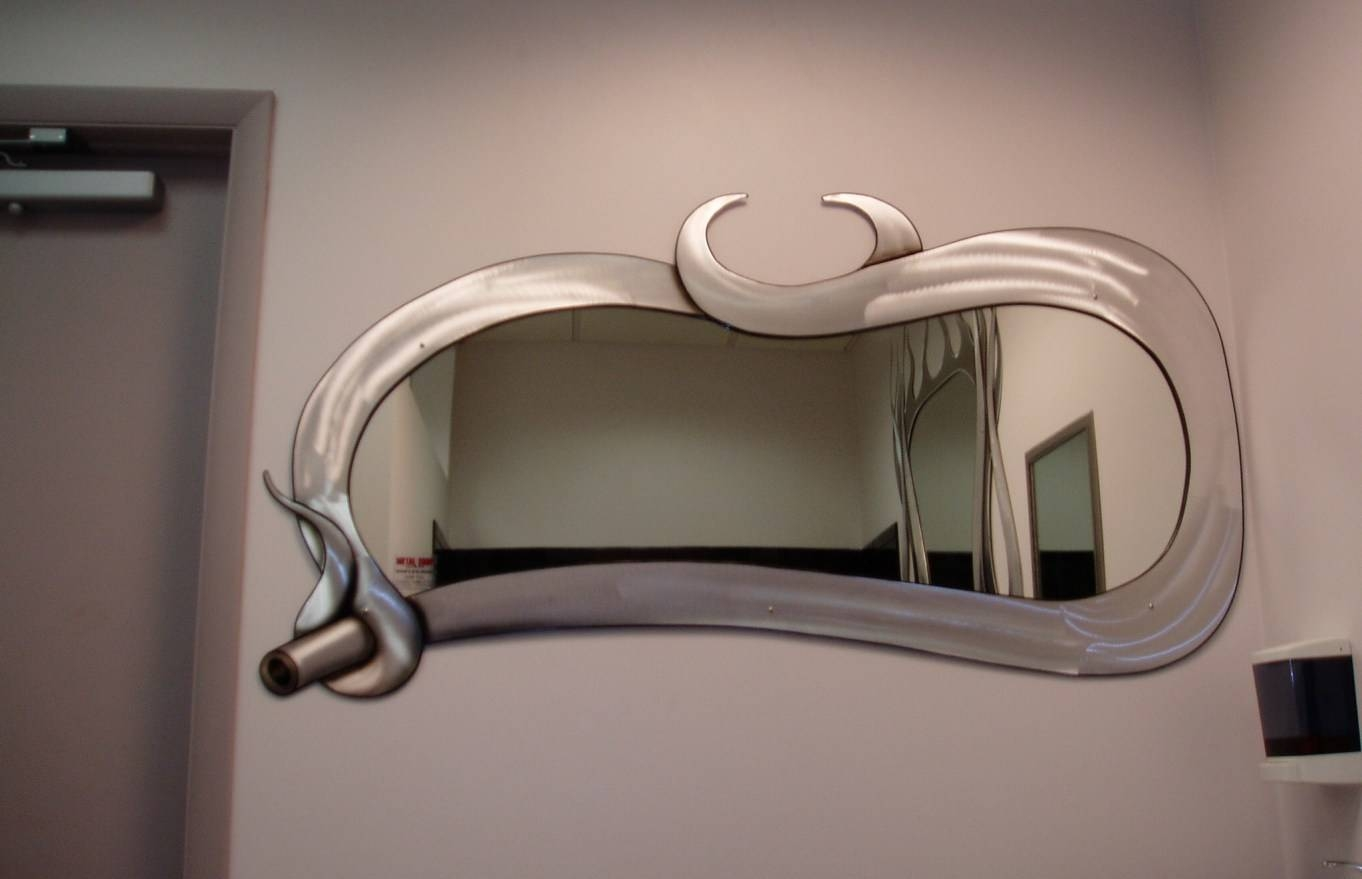 Featured Photo of Modern Contemporary Mirrors