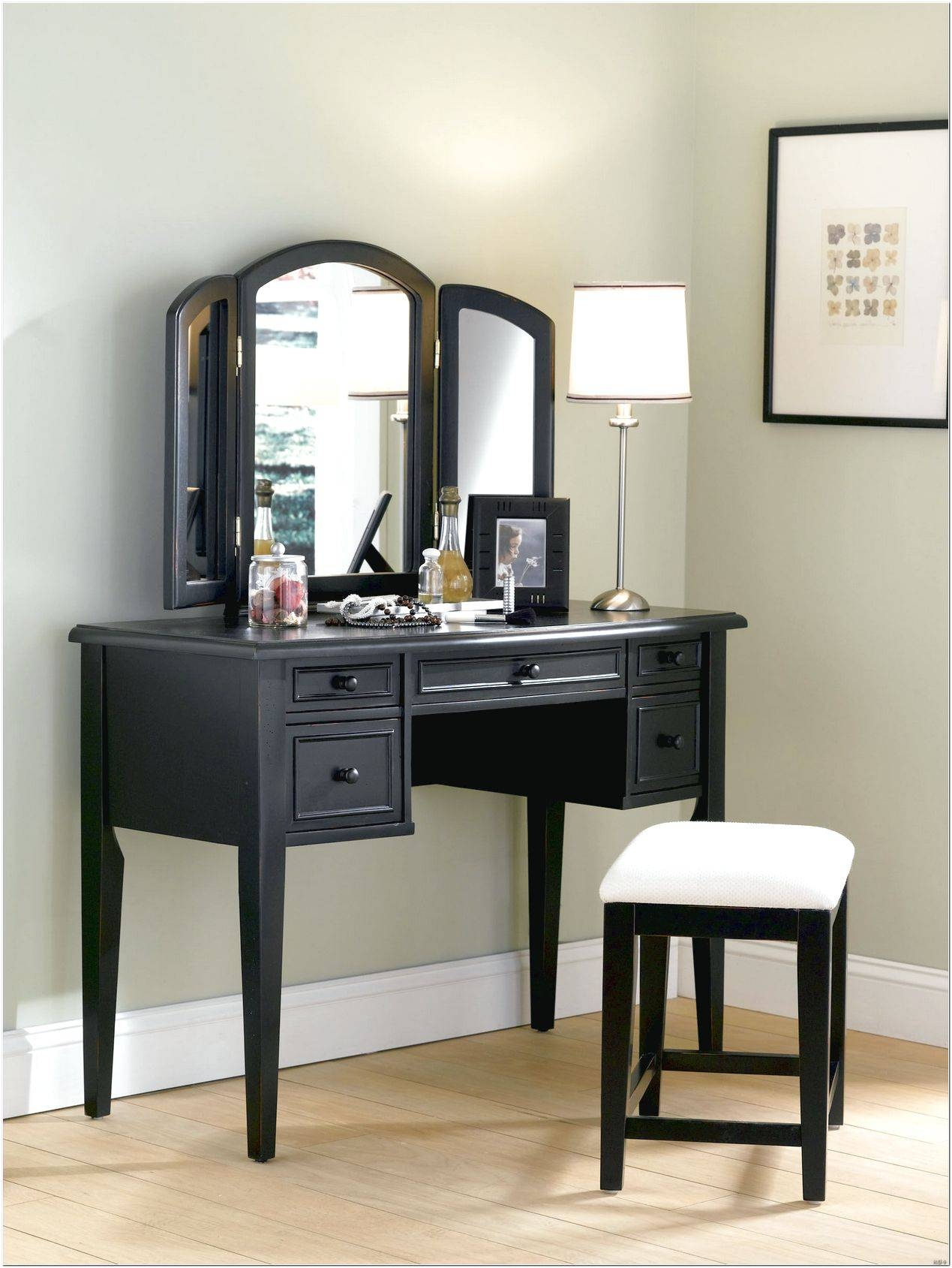 Mirror On Stand For Dressing Table Design Ideas – Interior Design Regarding Mirrors On Stand For Dressing Table (View 12 of 15)