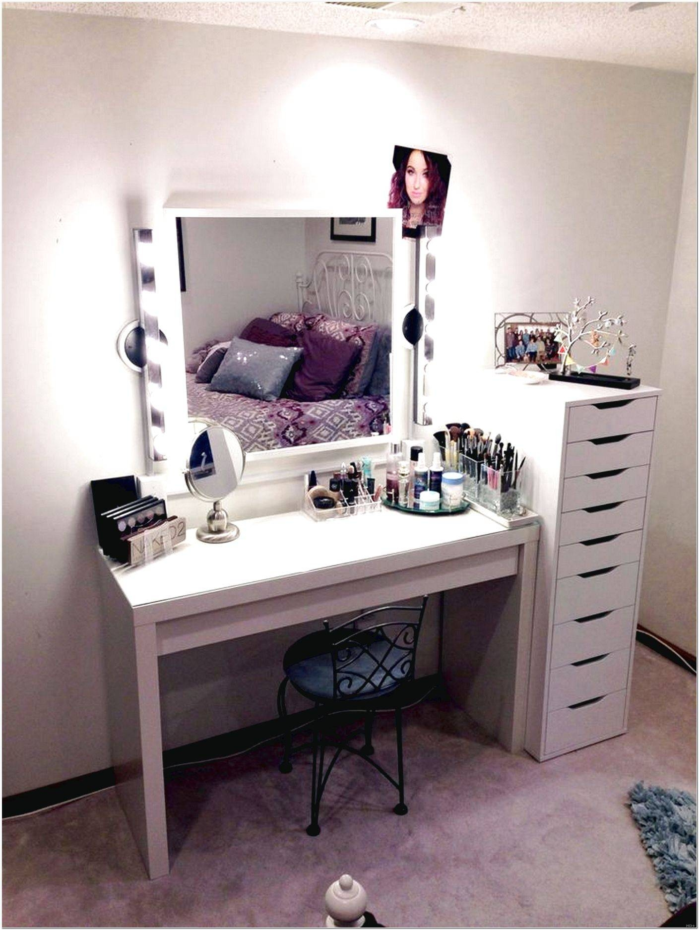 Mirror On Stand For Dressing Table Design Ideas – Interior Design With Regard To Mirrors On Stand For Dressing Table (View 3 of 15)
