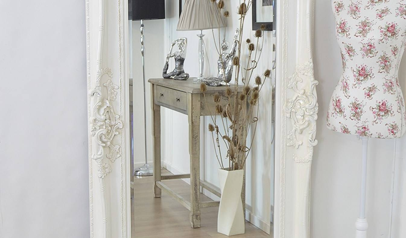 Mirror : Venetian Glass Accessories From Murano, Italy Ivory Throughout Venetian Floor Mirrors (View 4 of 15)