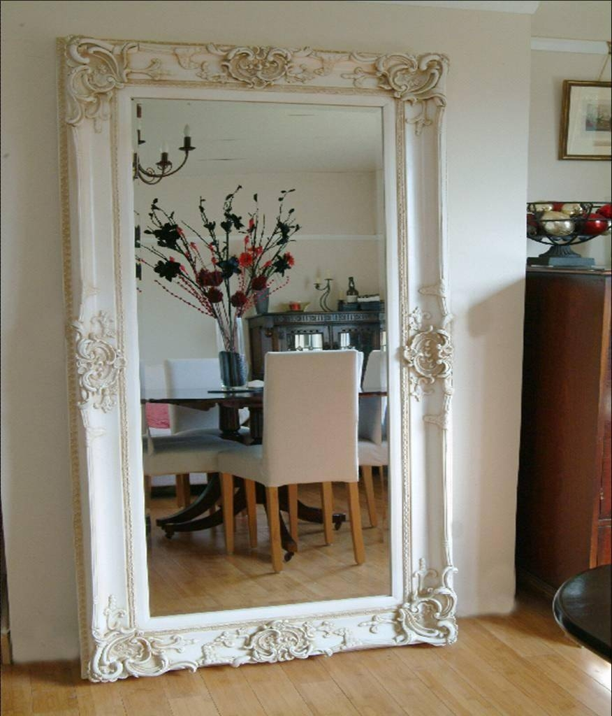 Featured Photo of Cheap Huge Mirrors