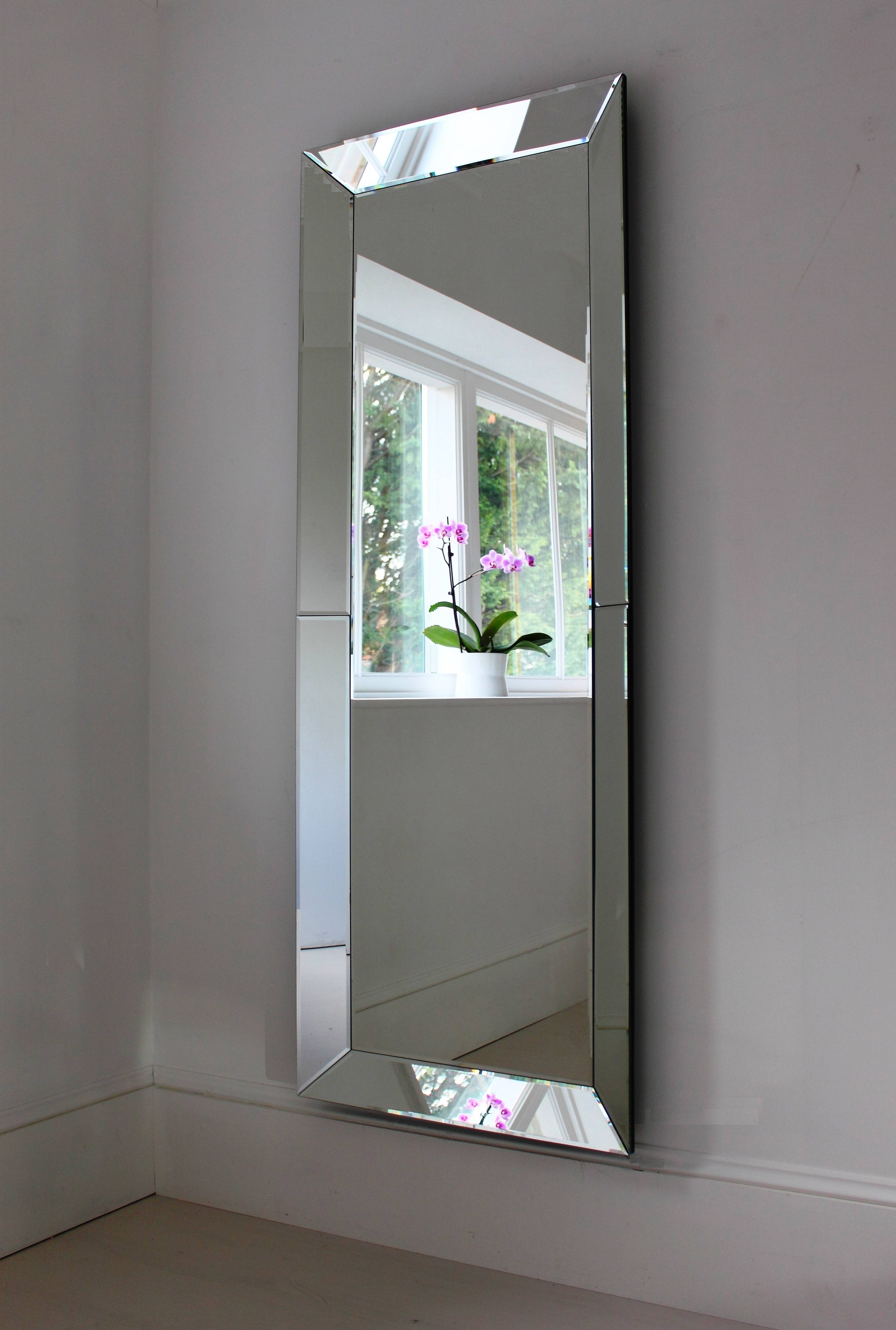 Featured Photo of Venetian Full Length Mirrors