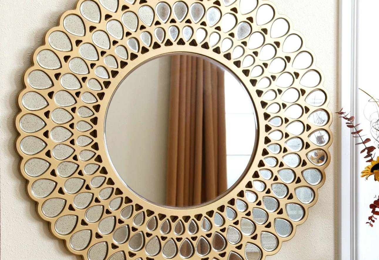 Wall Mirrors ~ White Oval Wall Mirror Full Size Of Mirrorsilver for White Oval Wall Mirrors (Image 15 of 15)
