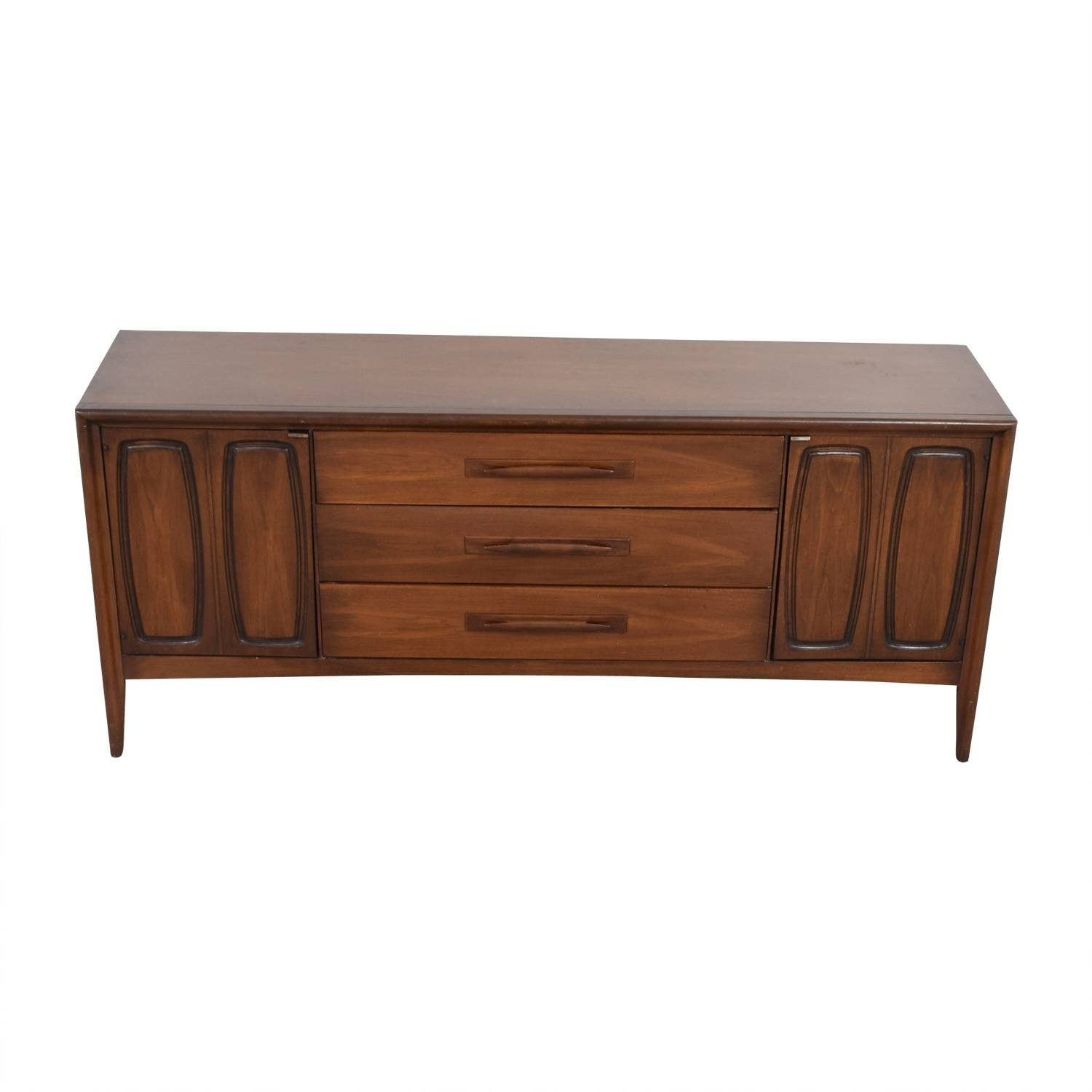 51% Off – Broyhill Broyhill Vintage Emphasis Mid Century Credenza Inside Media Sideboards (View 8 of 15)