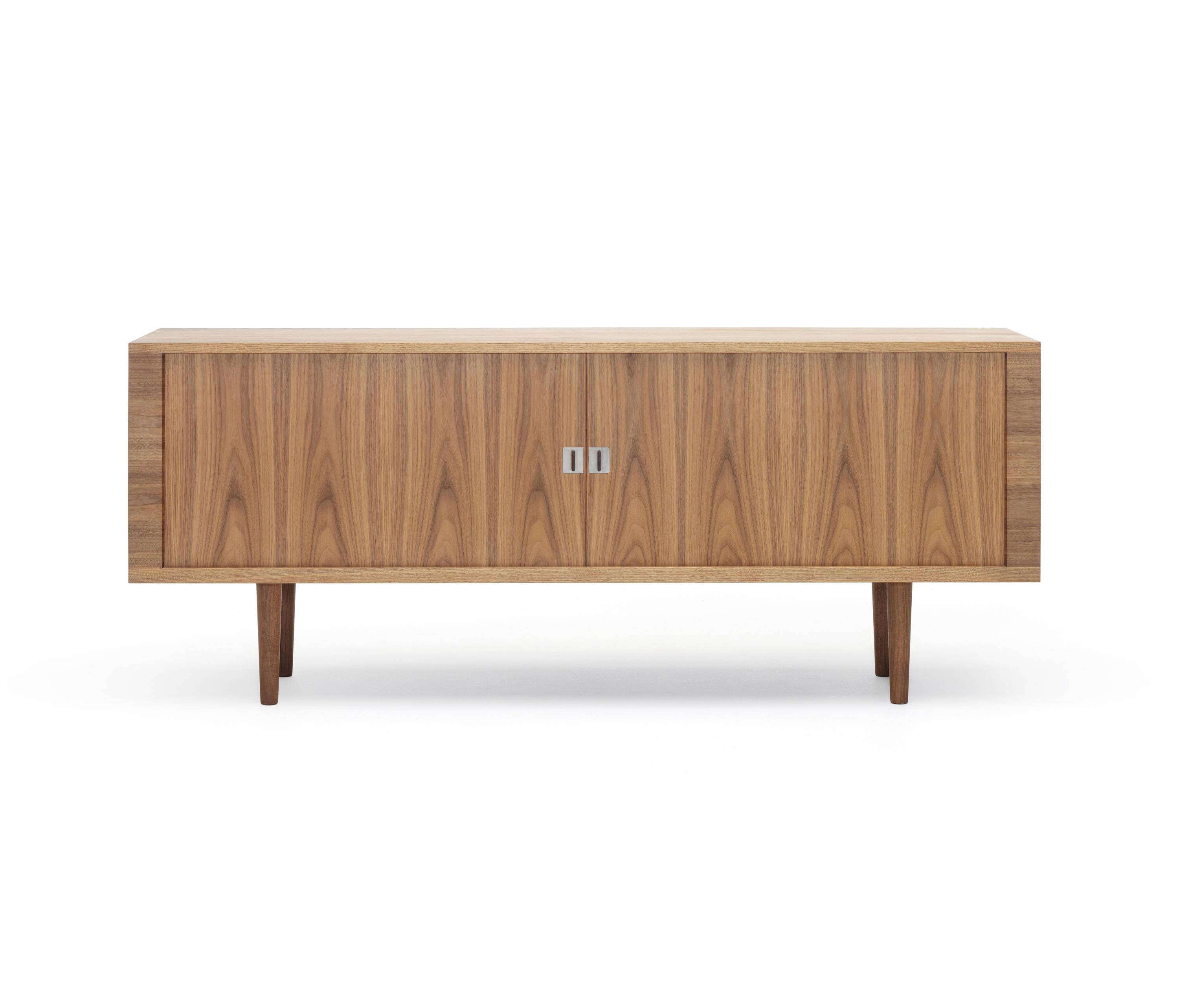 Ch825 Credenza - Sideboards From Carl Hansen & Søn | Architonic with regard to Credenza Sideboards (Image 2 of 15)