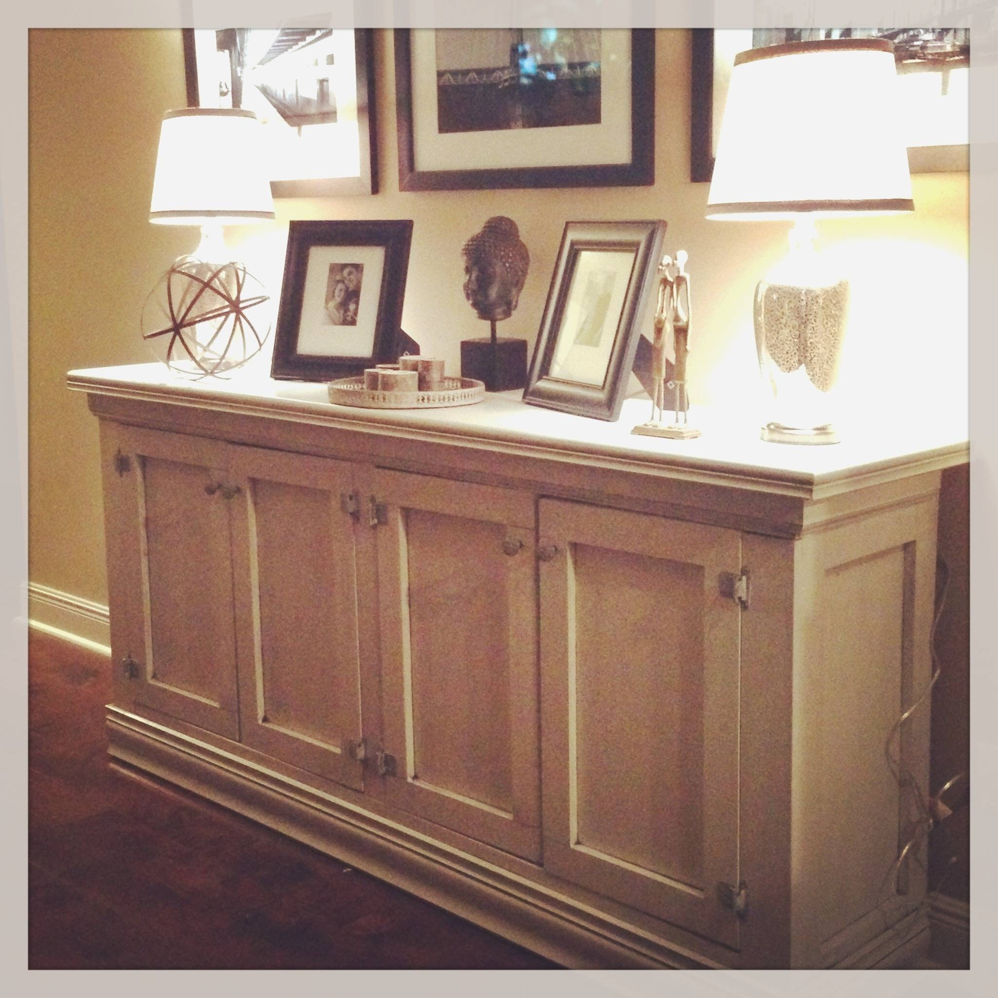 Featured Photo of Dining Room Buffets Sideboards