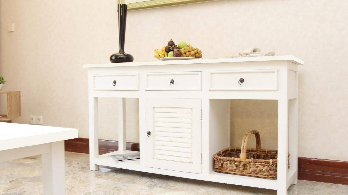 Stunning Cottage Sideboards Buffets Tags : Farmhouse Sideboards regarding Farmhouse Sideboards (Image 14 of 15)