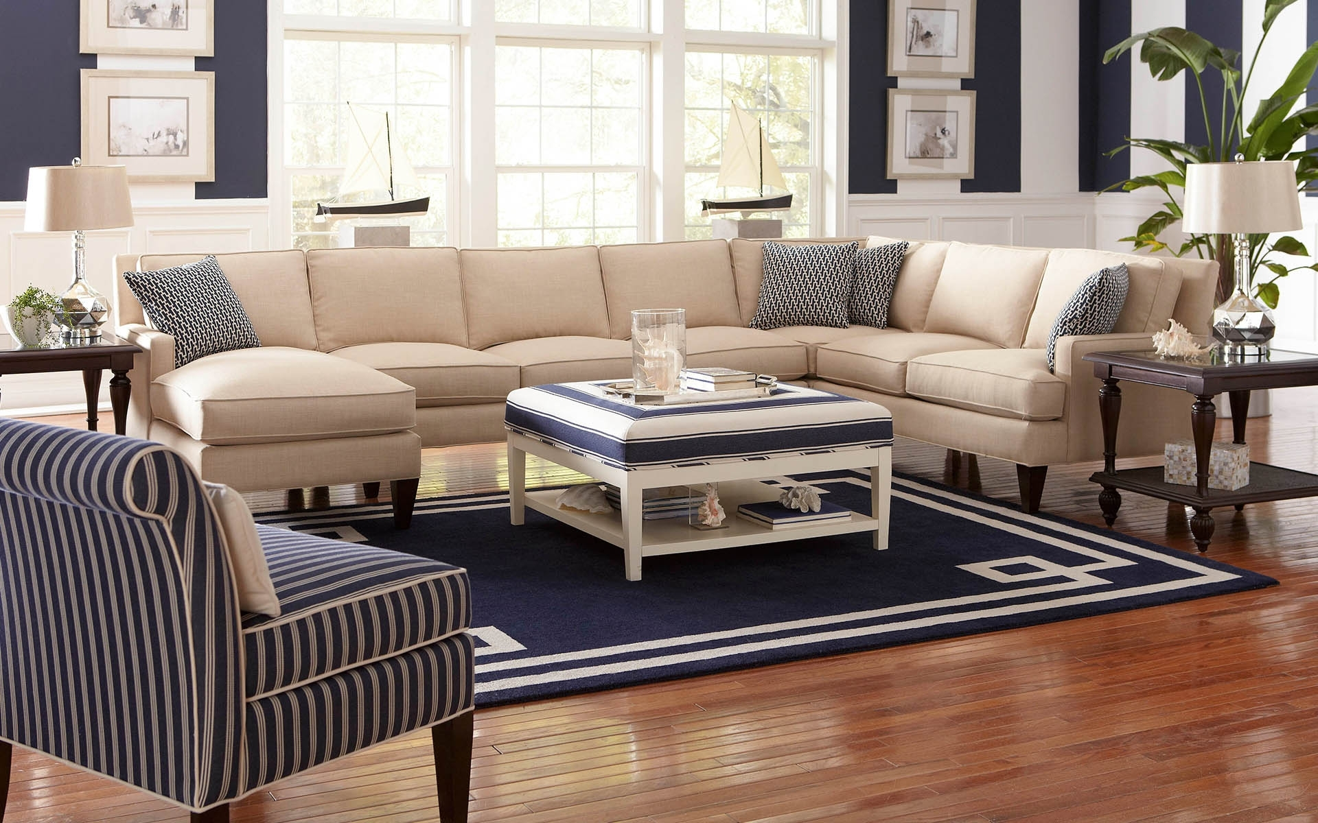 Appealing Sectional Sofas Havertys 14 For Your Mini Sectional Sofas with regard to Sectional Sofas at Havertys (Image 1 of 15)