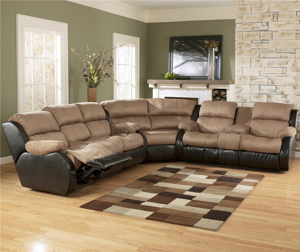Ashley Furniture Presley - Cocoa 3-Piece Sectional Sofa With with Sectional Sofas At Birmingham Al (Image 1 of 15)