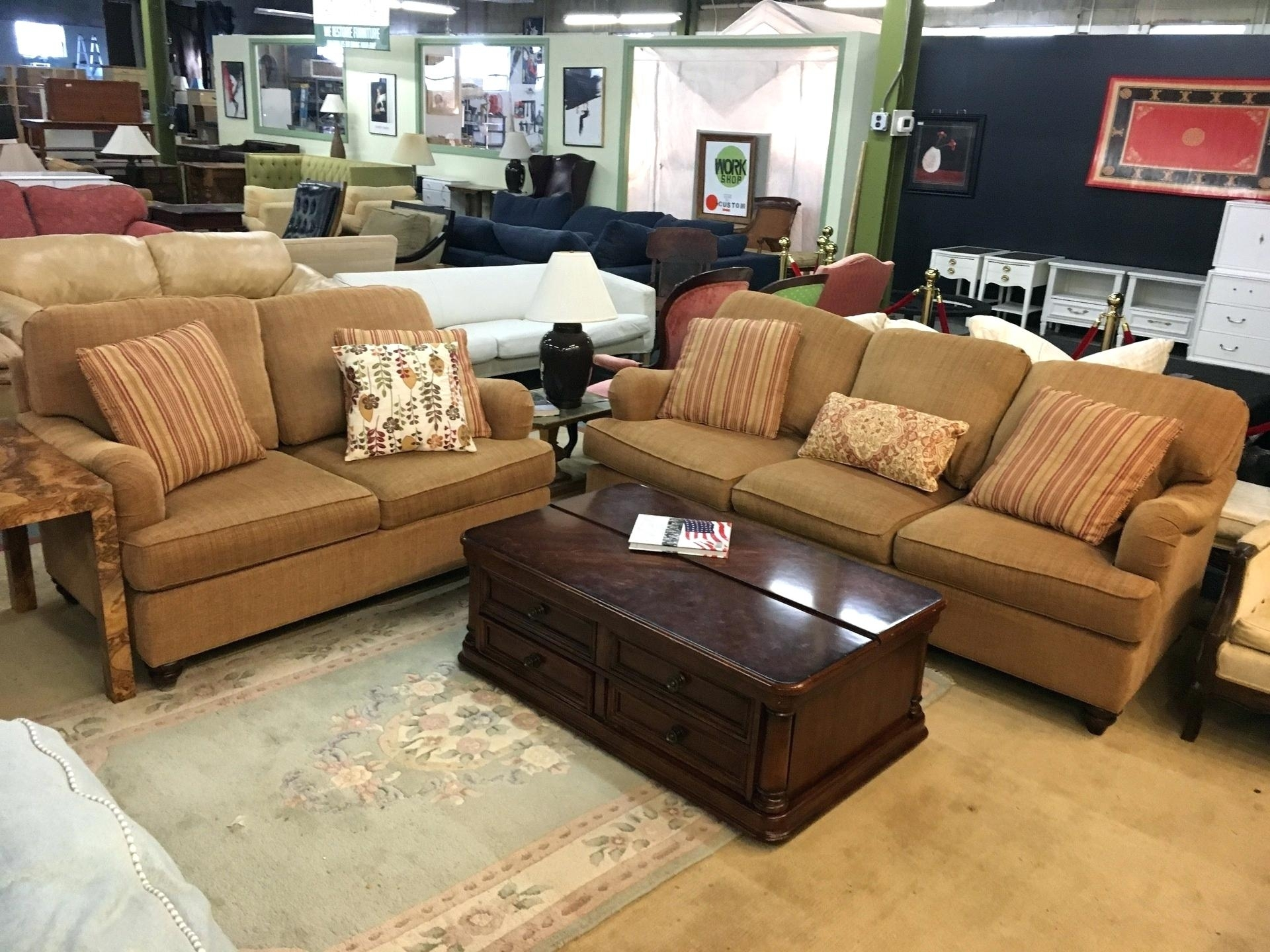 Bassett Couch Sofa Warranty Sectional Bed Vaughan Furniture For Sale inside Vaughan Sectional Sofas (Image 1 of 10)