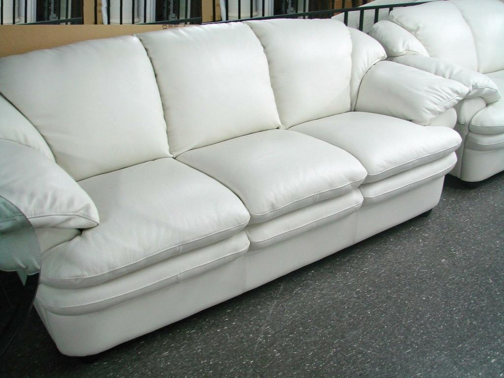 Decorating Comfortable White Leather Sofa Soft White Leather Couch with regard to Off White Leather Sofas (Image 3 of 10)