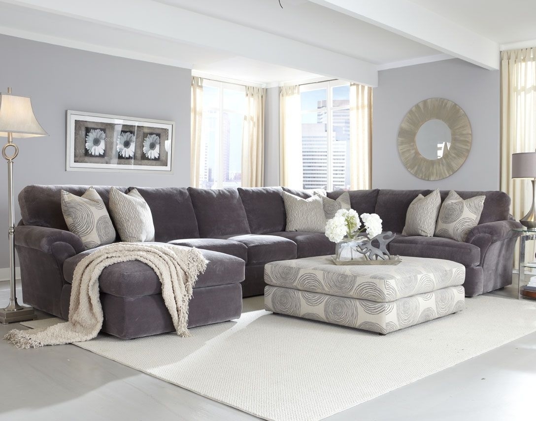 Depiction Of Affordable Sectional Couches For Cozy Living Room Ideas With Regard To Sectional Sofas Decorating (View 3 of 10)