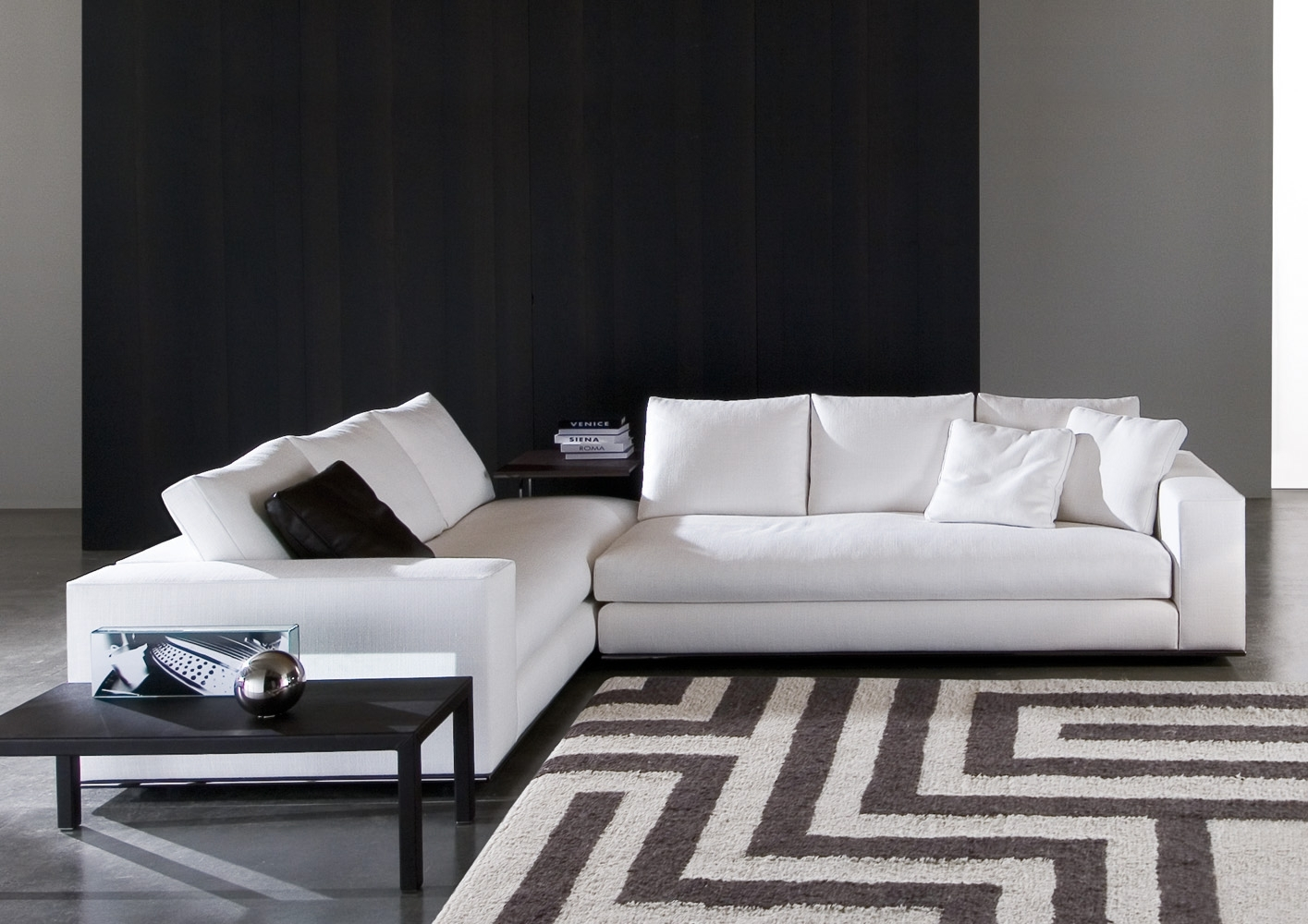 Hamilton Sectionalrodolfo Dordoni | Minotti Quickship in Hamilton Sectional Sofas (Image 2 of 10)