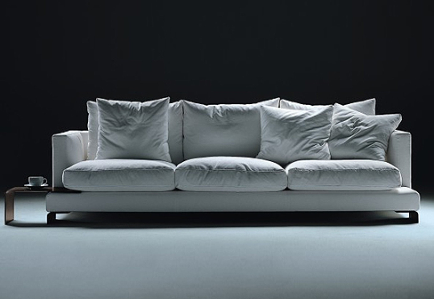 Long Island Sofaflexform | Stylepark In Down Filled Sofas (View 2 of 10)
