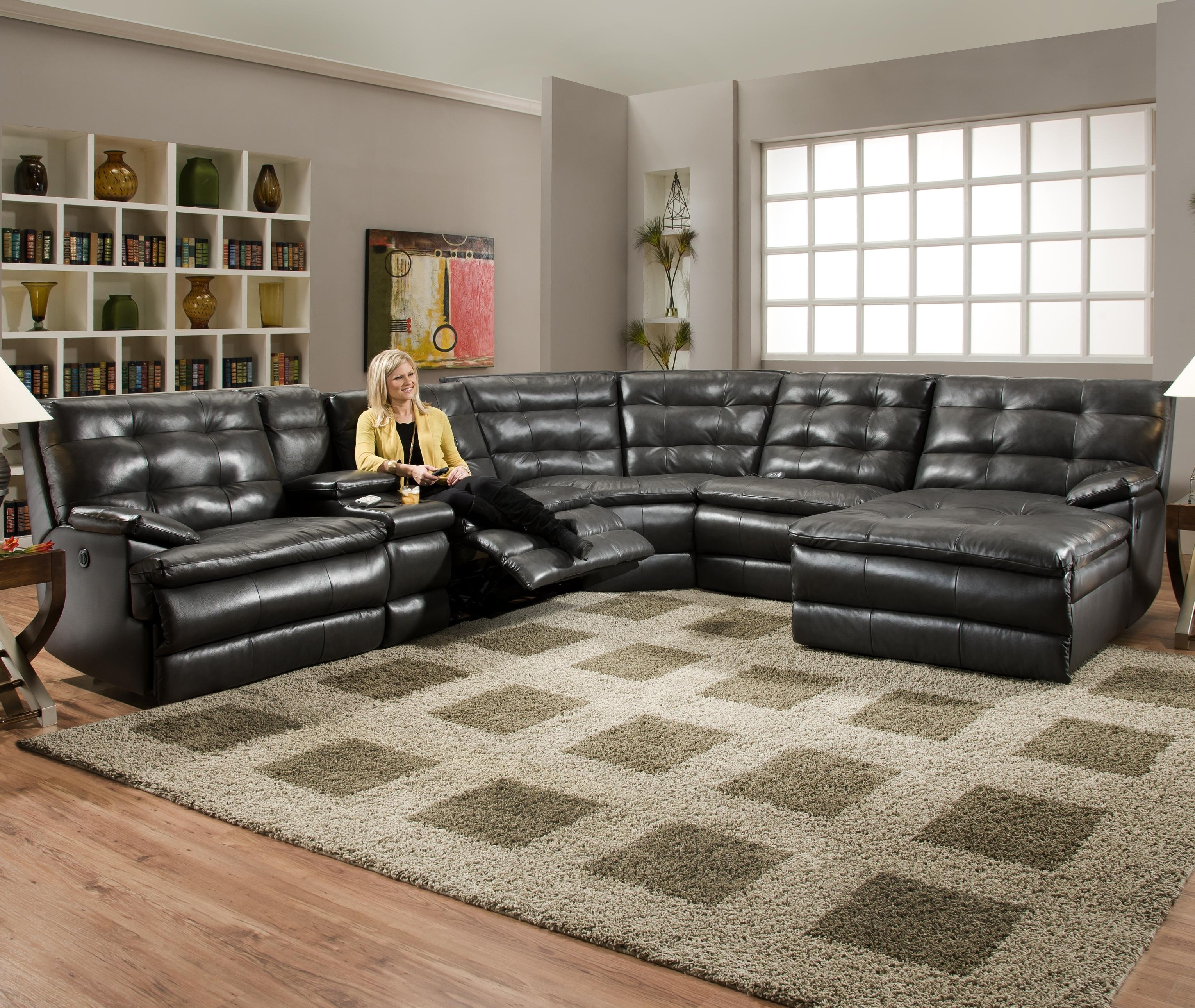Luxurious Tufted Leather Sectional Sofa In Classy Black Color With regarding Reclining Sectional Sofas (Image 8 of 10)