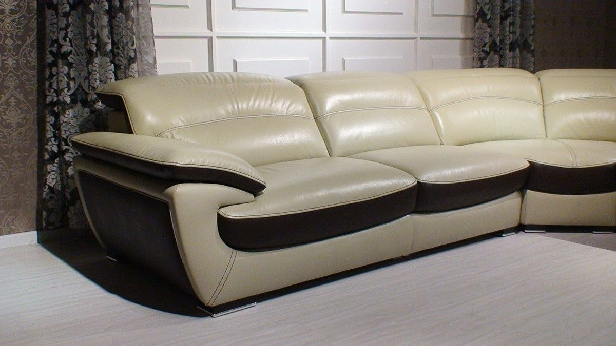 Miracle Contemporary Two Tone Leather Sectional Sofa | Leather Intended For Des Moines Ia Sectional Sofas (View 5 of 10)