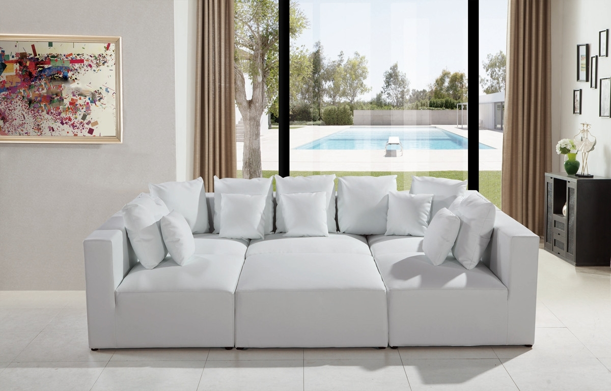 Modern White Leather Sectional Sofa Intended For Sectional Sofas That Can Be Rearranged (View 5 of 10)