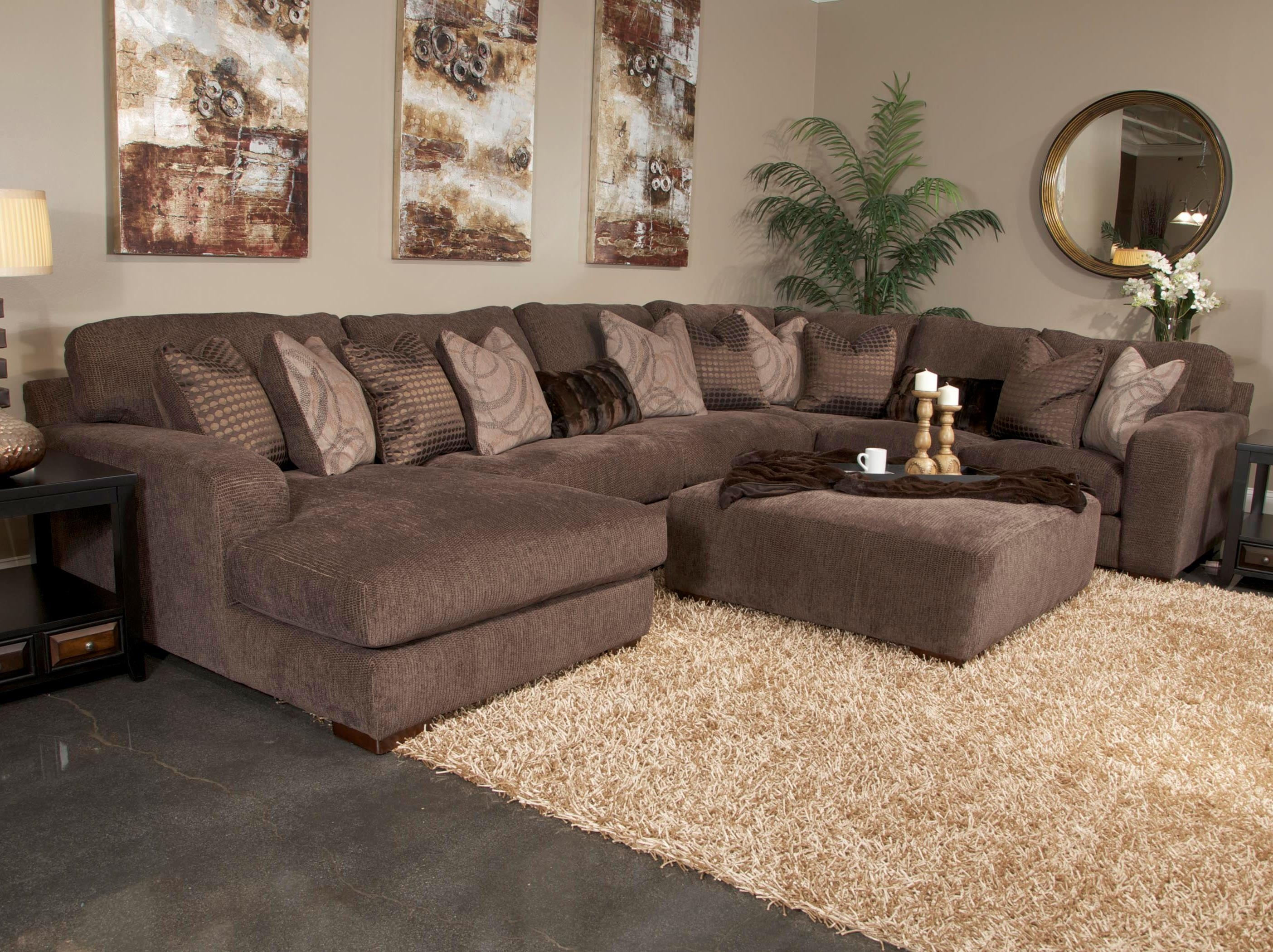 New Big Lots Sectional Sofa (34 Photos) | Clubanfi In Gardiners Sectional Sofas (Photo 4 of 10)