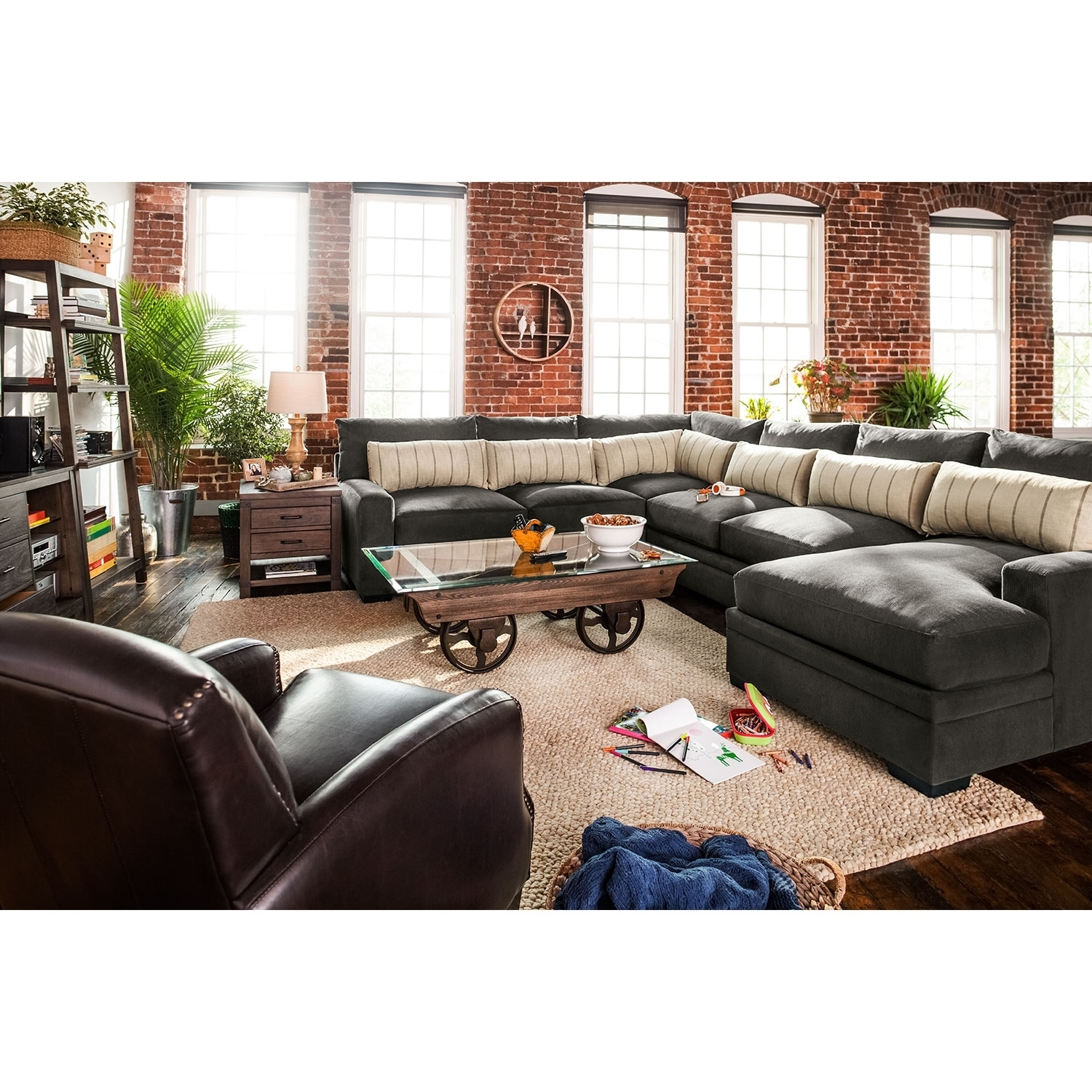 Sofas Etc Ventura - Image Of Ruostejarvi intended for Ventura County Sectional Sofas (Image 8 of 10)