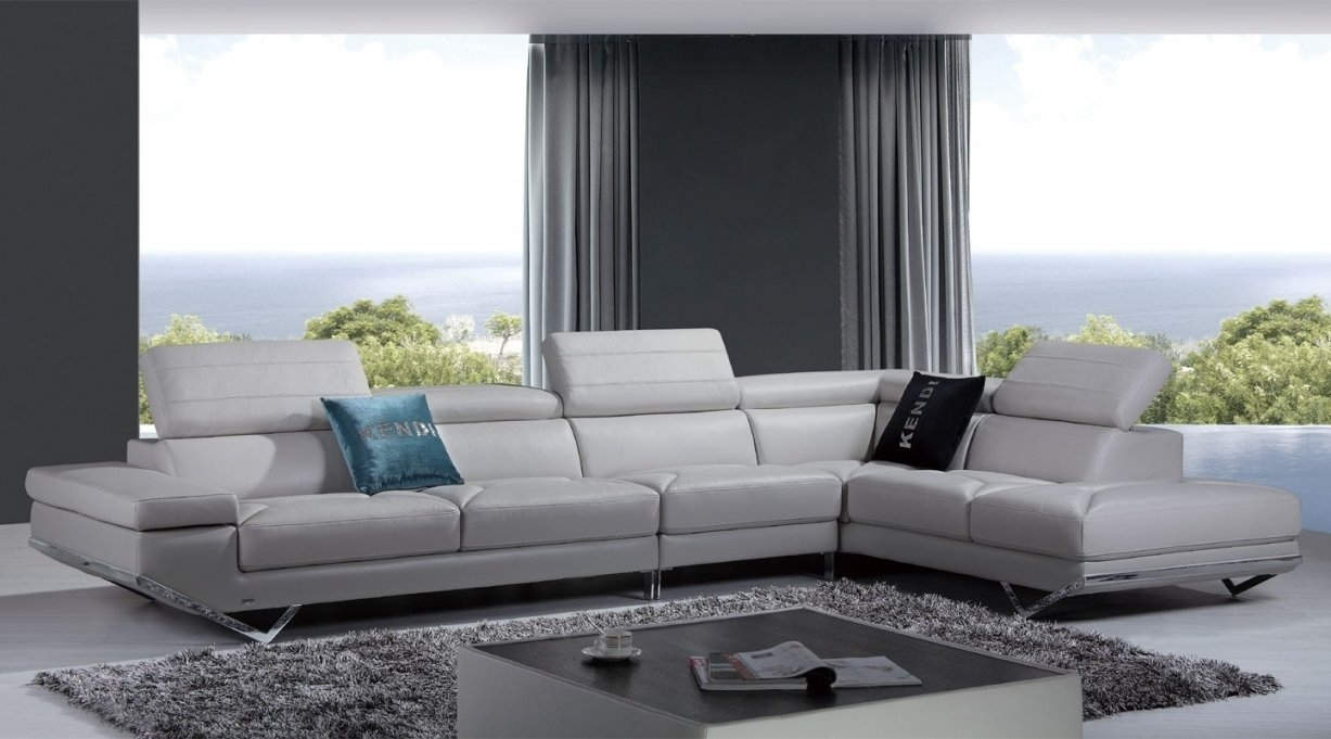 White Sectional Sofa Rooms To Go throughout Rooms to Go Sectional Sofas (Image 10 of 10)