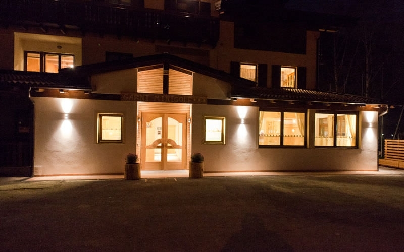 Contemporary Wall Light / Outdoor / Aluminum / Led Jago Dleds With Regard To Outdoor Up Down Wall Led Lights (View 4 of 10)
