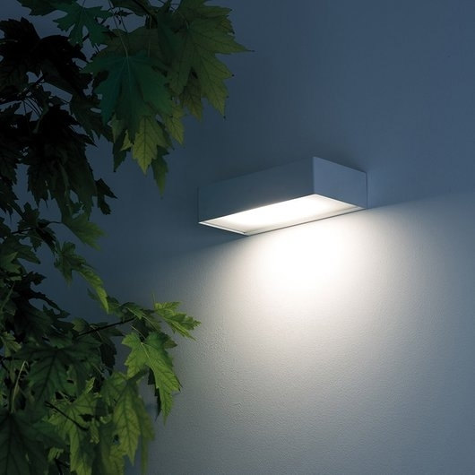 Davide Groppi Davide Groppi Juliet Exterior Wall Light|Exterior Intended For Outside Wall Down Lights (View 2 of 10)
