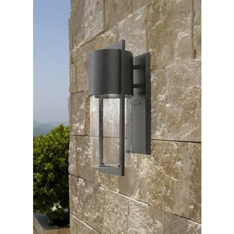 Featured Photo of Hinkley Outdoor Wall Lighting