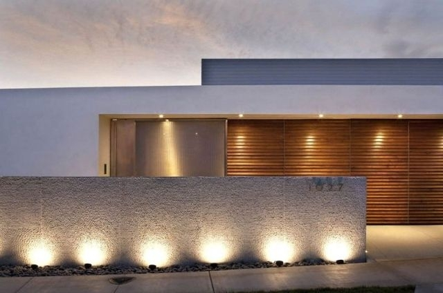 Featured Photo of Outdoor Wall Spotlights