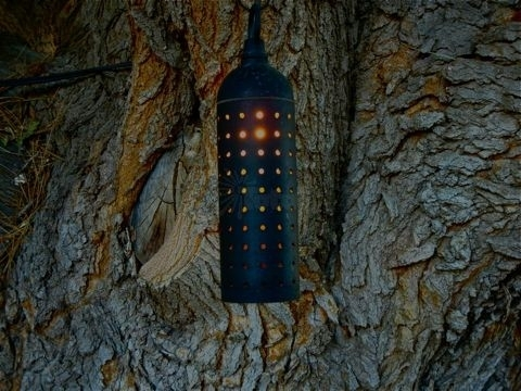 Landscape Lighting 9013 Outdoor Low Voltage Pinhole Hanging Tree Light inside Outdoor Hanging Low Voltage Lights (Image 4 of 10)