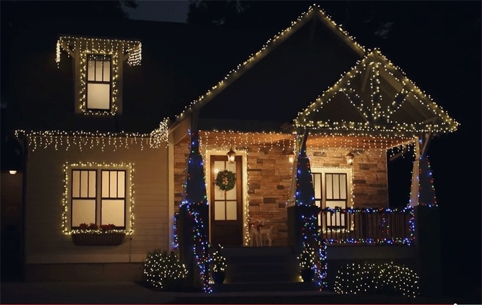 Tips For Hanging Outdoor Christmas Lights regarding Outdoor Hanging Icicle Lights (Image 10 of 10)