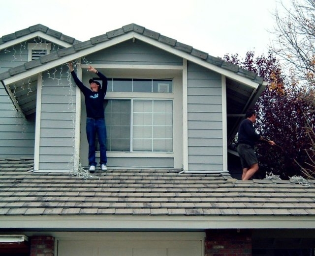 To Hang Christmas Lights Safely regarding Hanging Outdoor Christmas Lights In Roof (Image 10 of 10)