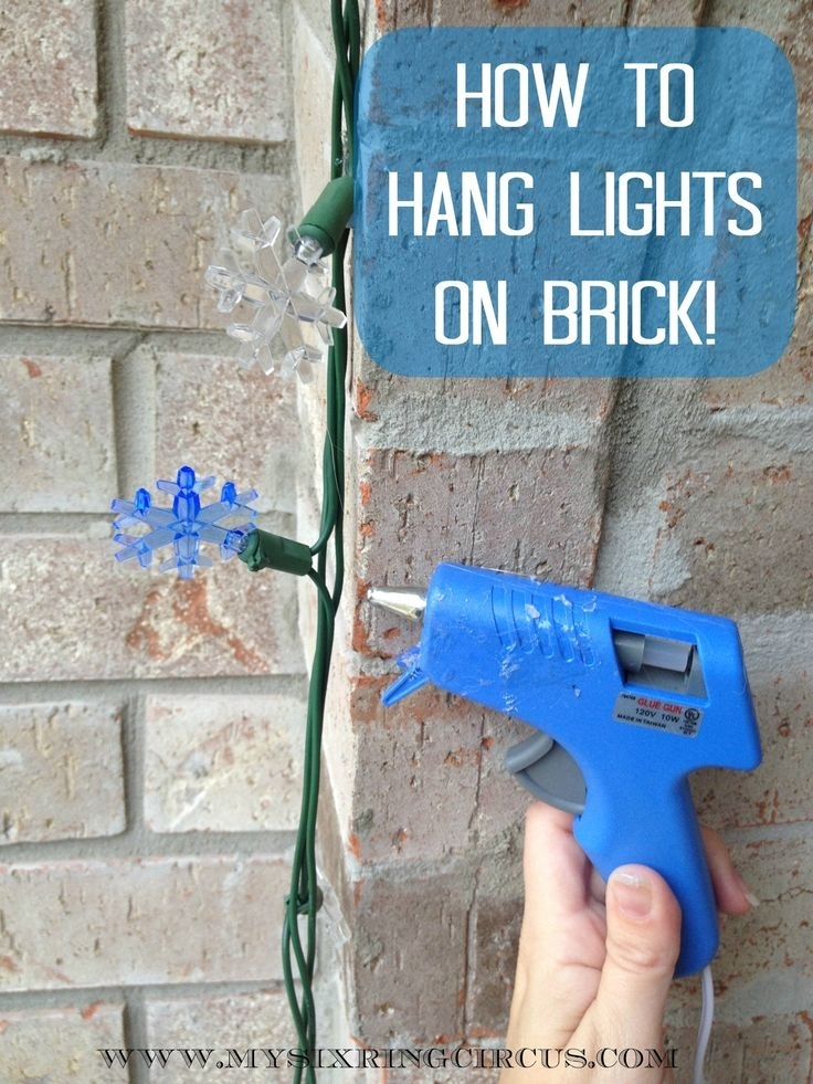Wondrous Hang Christmas Lights On Stucco Brick Without Nails Gutters in Hanging Outdoor Christmas Lights Without Nails (Image 10 of 10)