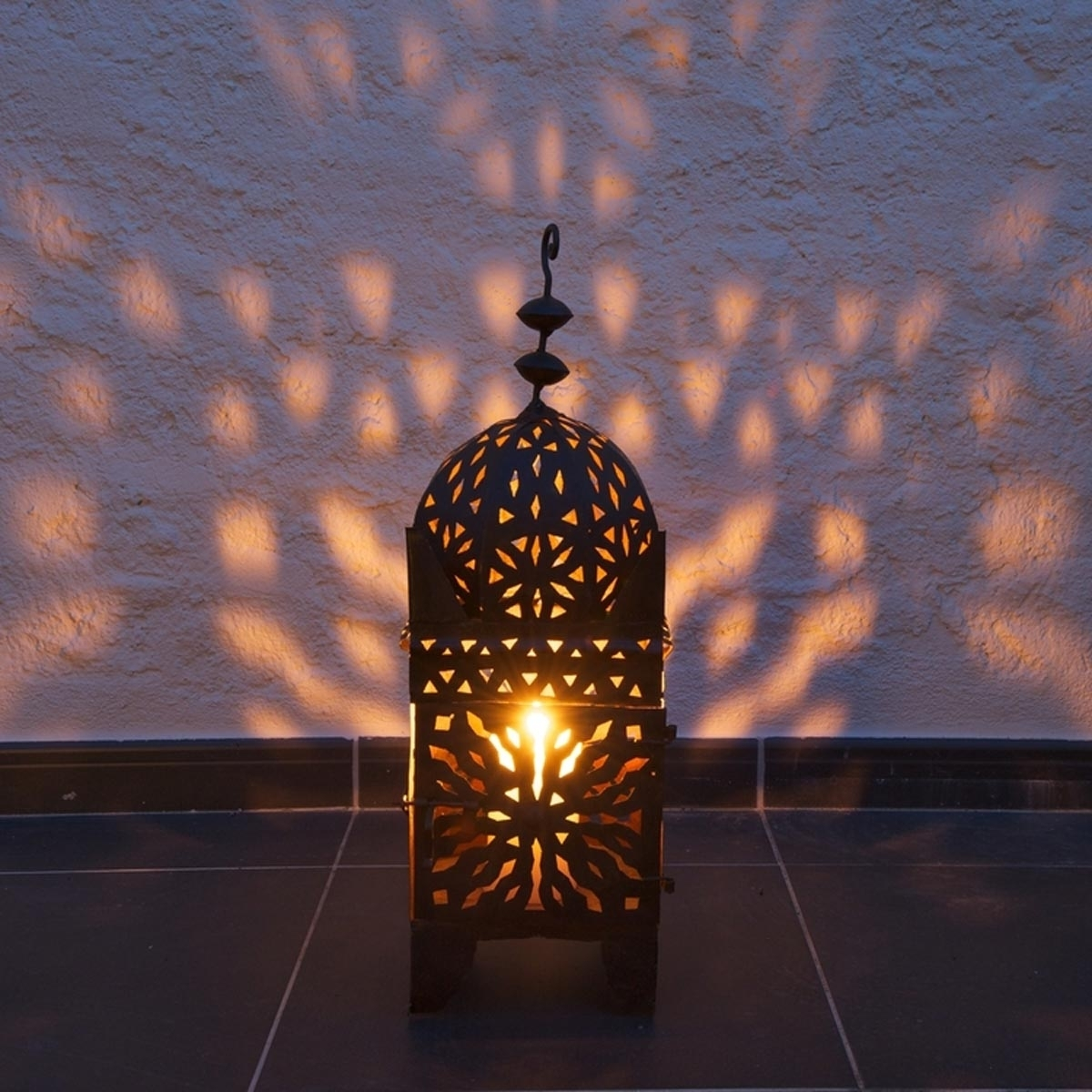 14 Outdoor Lighting Trends For 2018 — The Family Handyman within Moroccan Outdoor Electric Lanterns (Image 1 of 20)