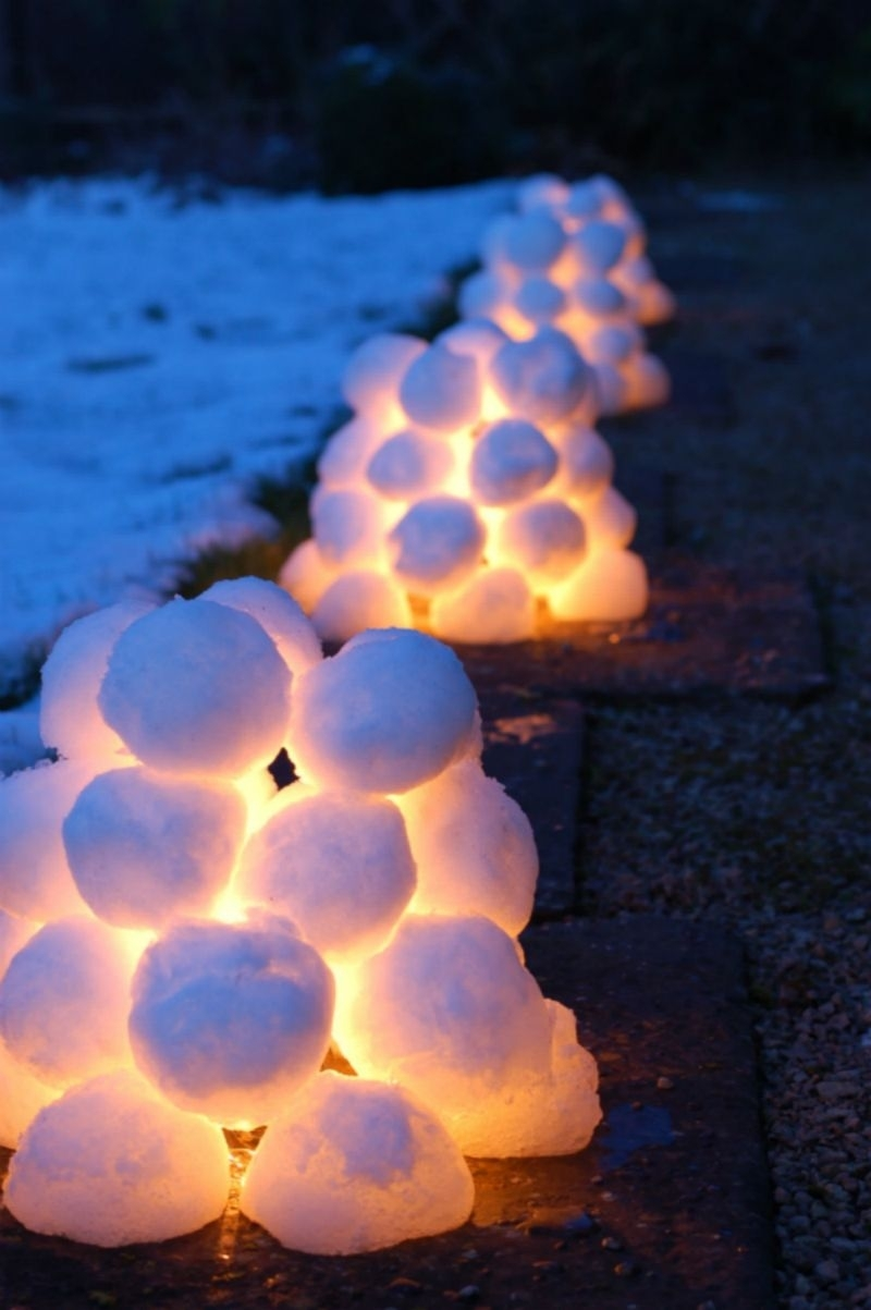 15 Beautiful Christmas Outdoor Lighting Diy Ideas | Making Lemonade intended for Outdoor Ball Lanterns (Image 2 of 20)