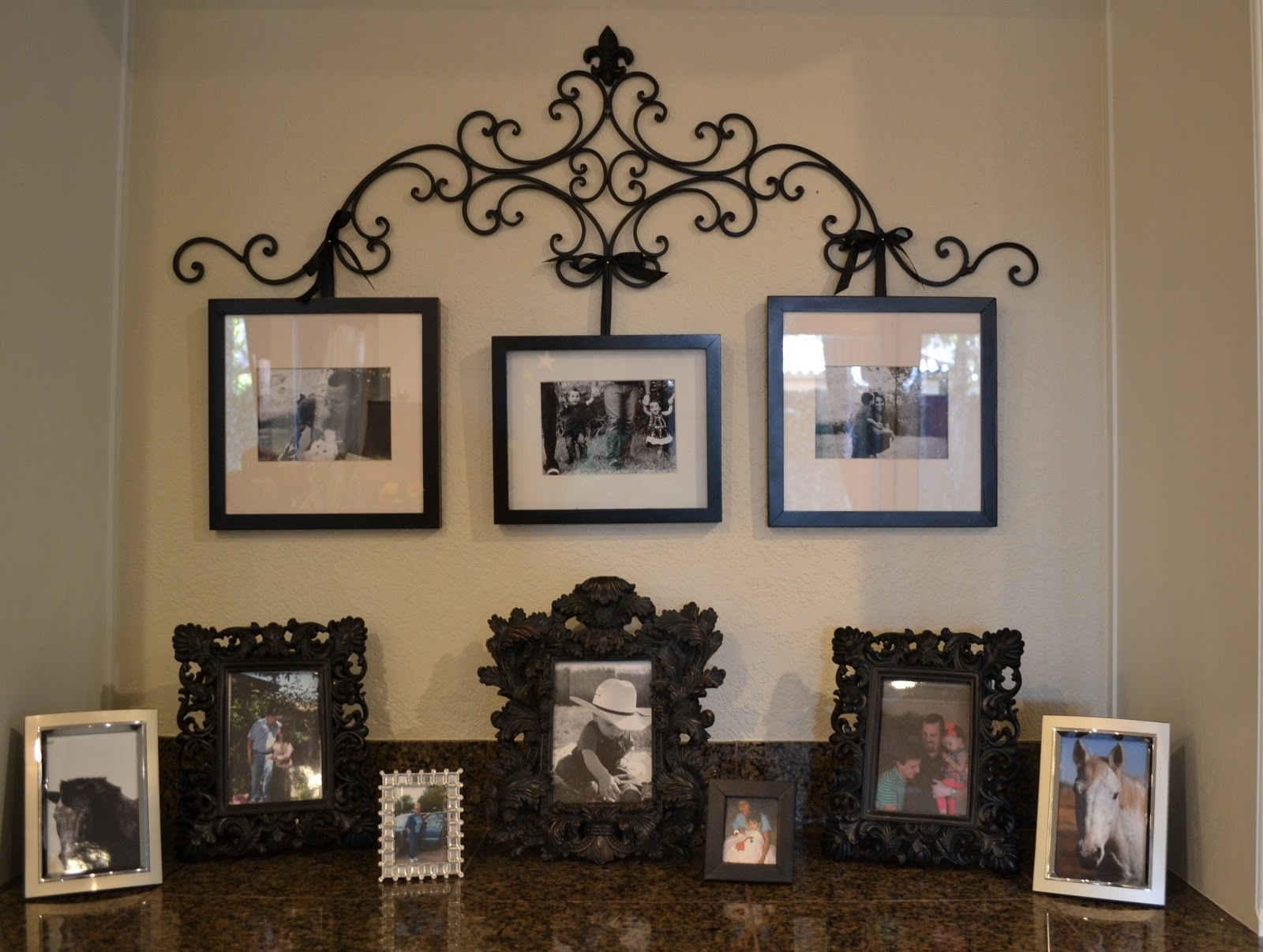 15 Beautiful Ways Of Using Iron Wall Decor At Home | Printmeposter with Iron Wall Art (Image 1 of 20)