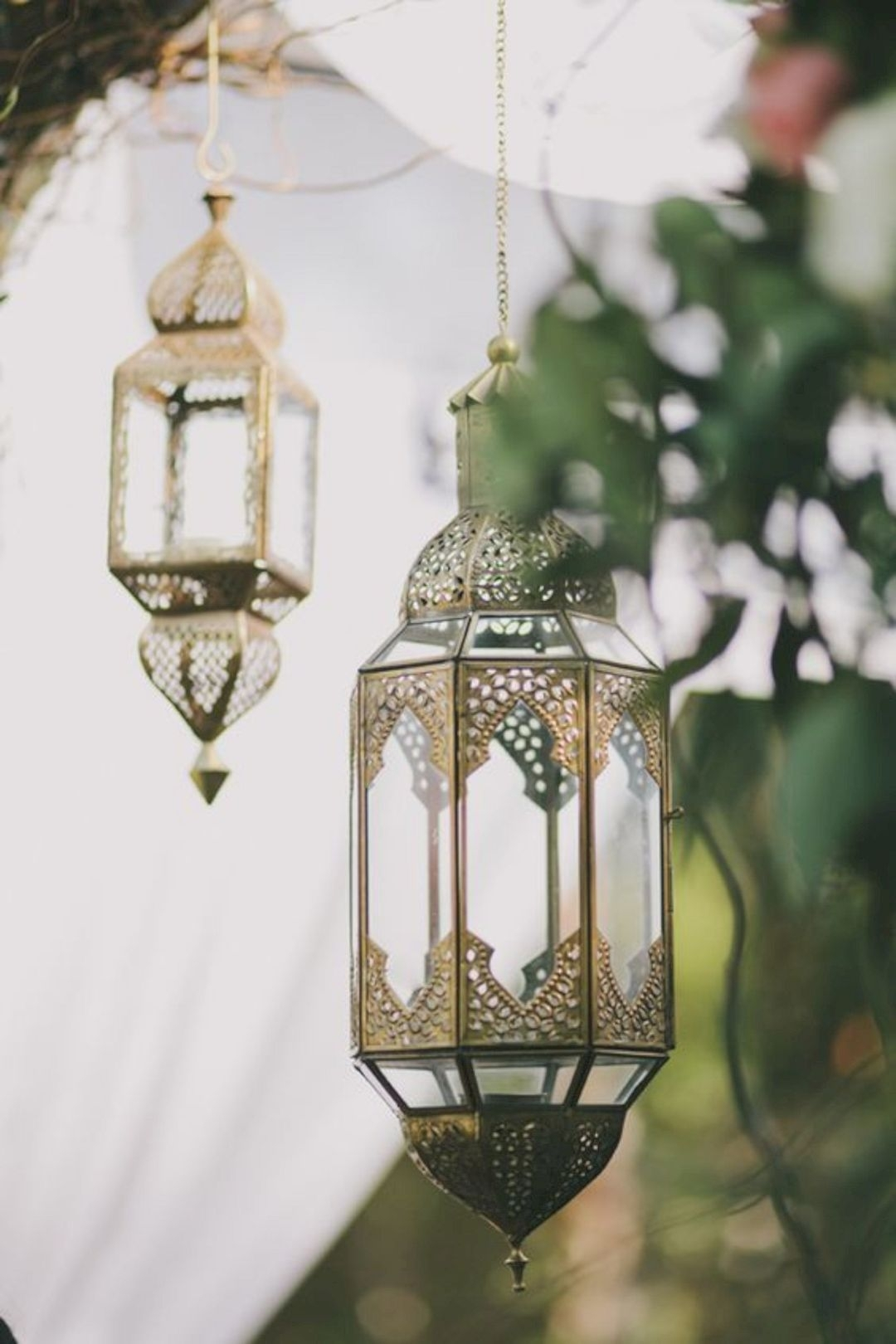 18 Moroccan Lantern Lamp Designs | Design Listicle Pertaining To Moroccan Outdoor Lanterns (Photo 11 of 20)