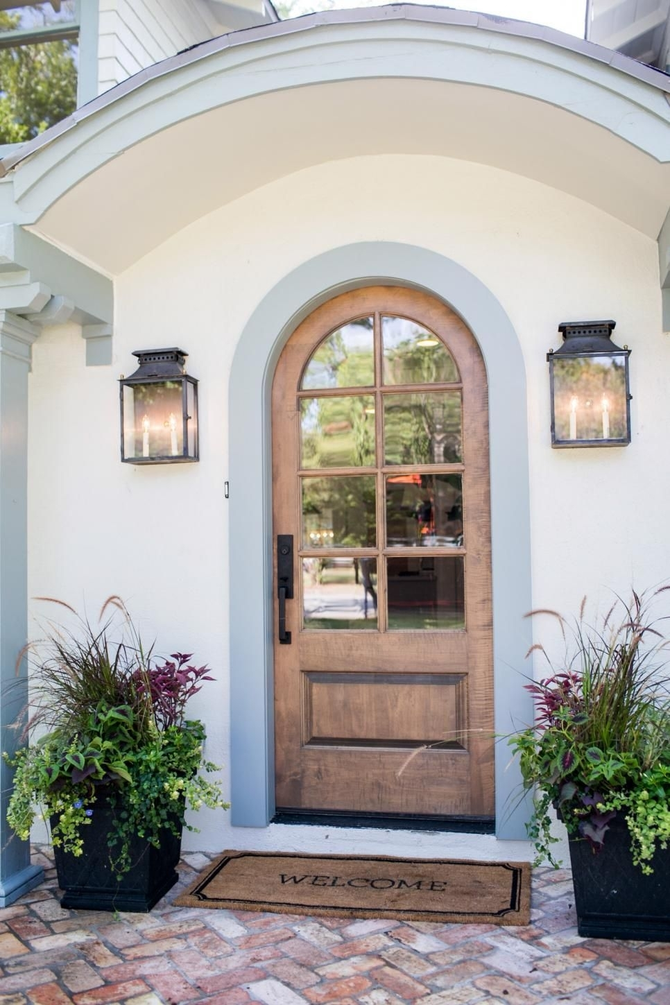 20+ Front Door Ideas | Front Door Landscaping | Pinterest | Joanna throughout Outdoor Lanterns For Front Door (Image 3 of 20)