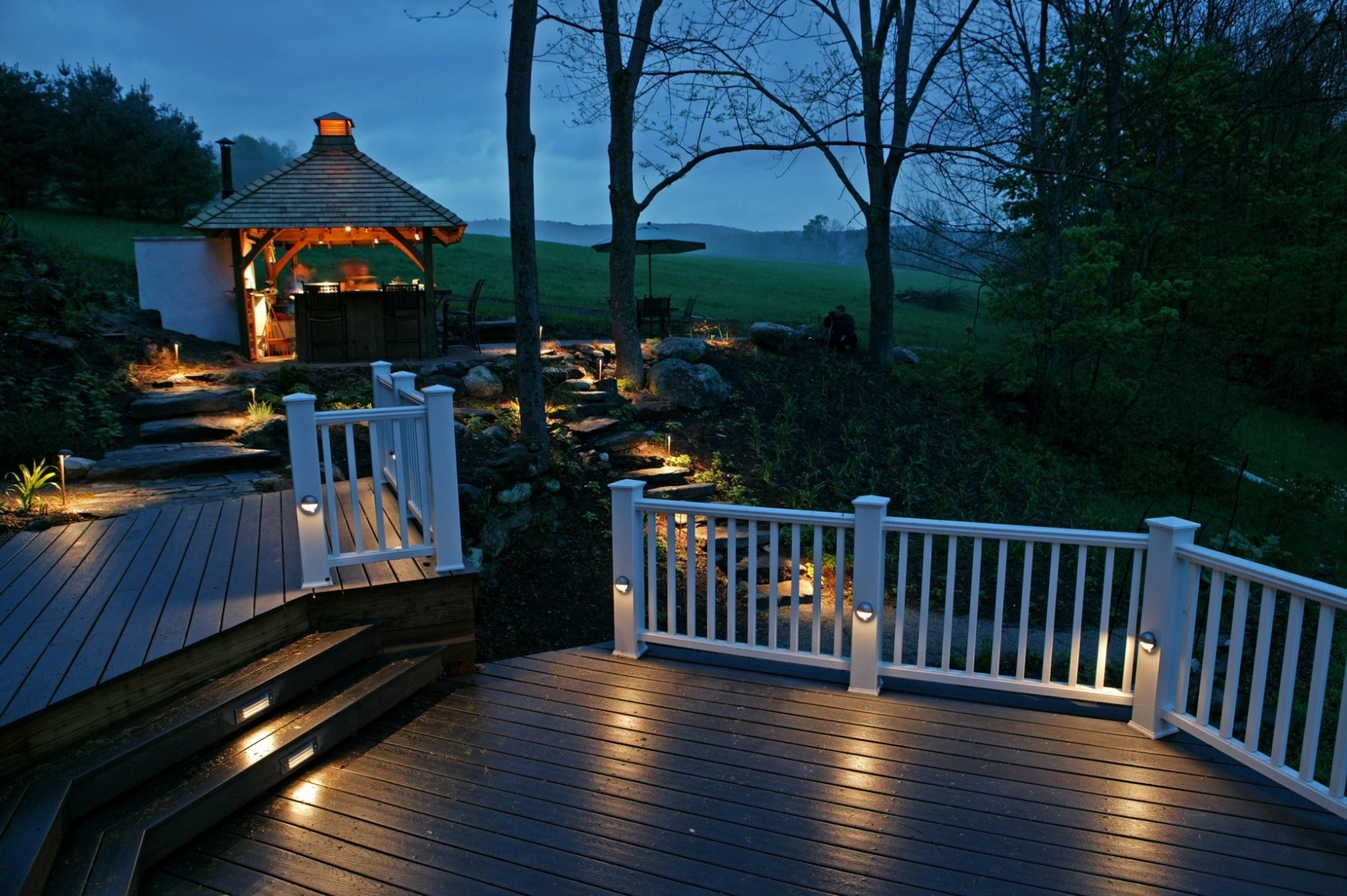 30 Luxury Outdoor Deck Lighting Ideas Pics : Foothillfolk Designs pertaining to Outdoor Deck Lanterns (Image 4 of 20)