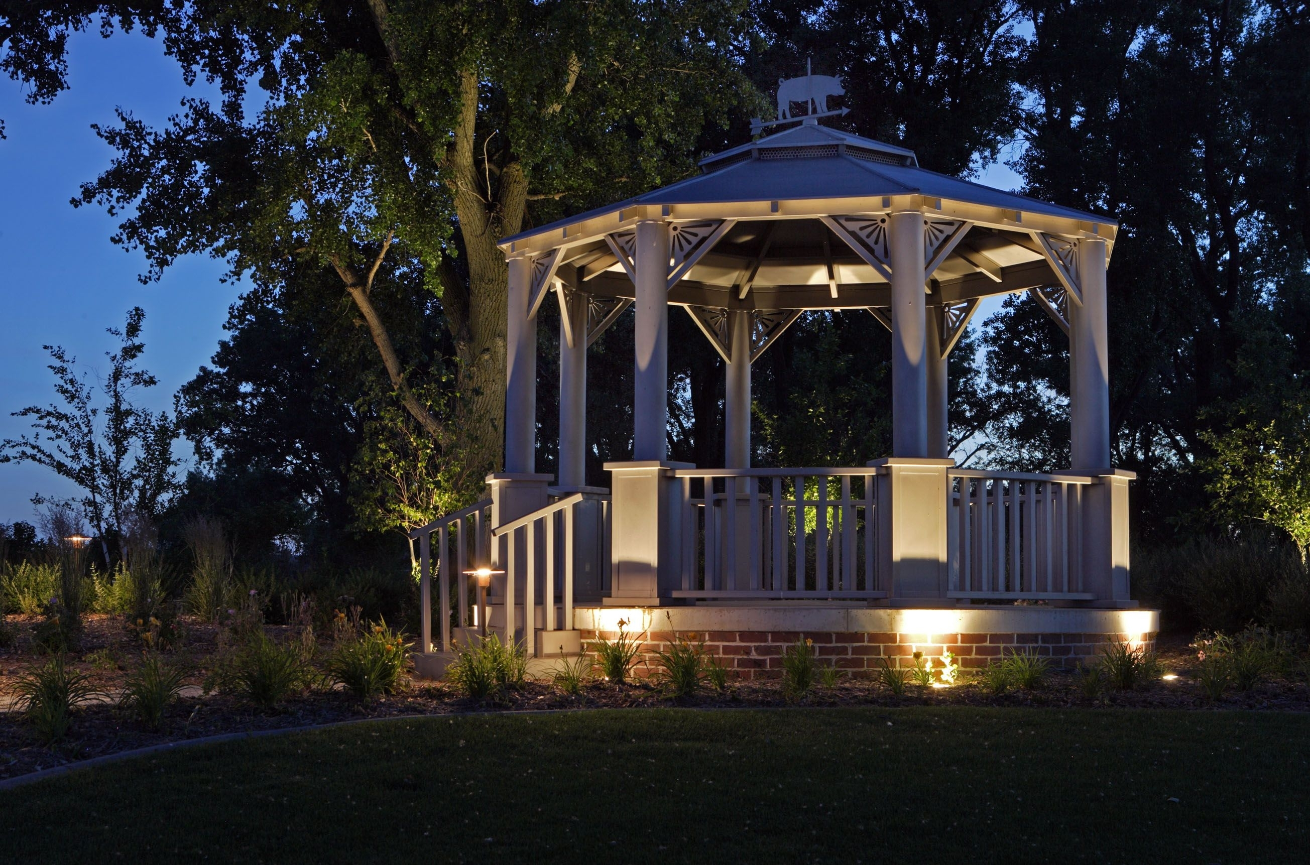 43+ Gorgeous And Easy Diy Outdoor Lighting Ideas | Pinterest in Outdoor Gazebo Lanterns (Image 3 of 20)