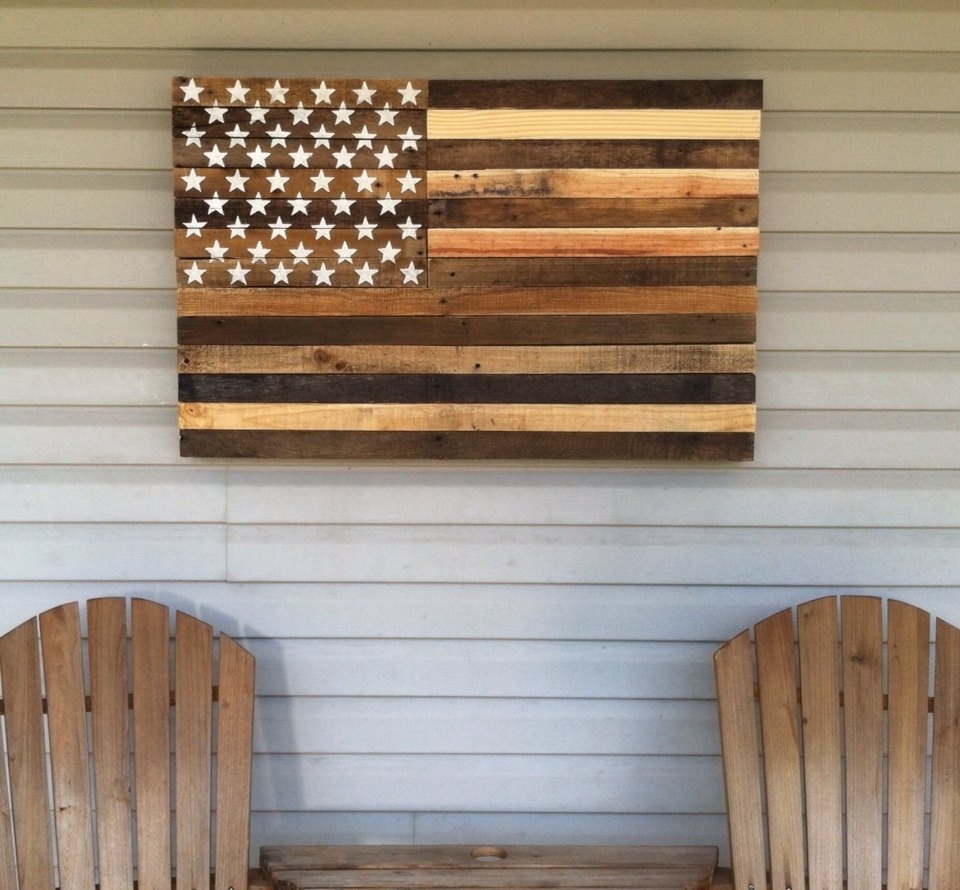 American Flag Wall Decor Ideas — Charter Home Ideas In Rustic American Flag Wall Art (View 17 of 20)