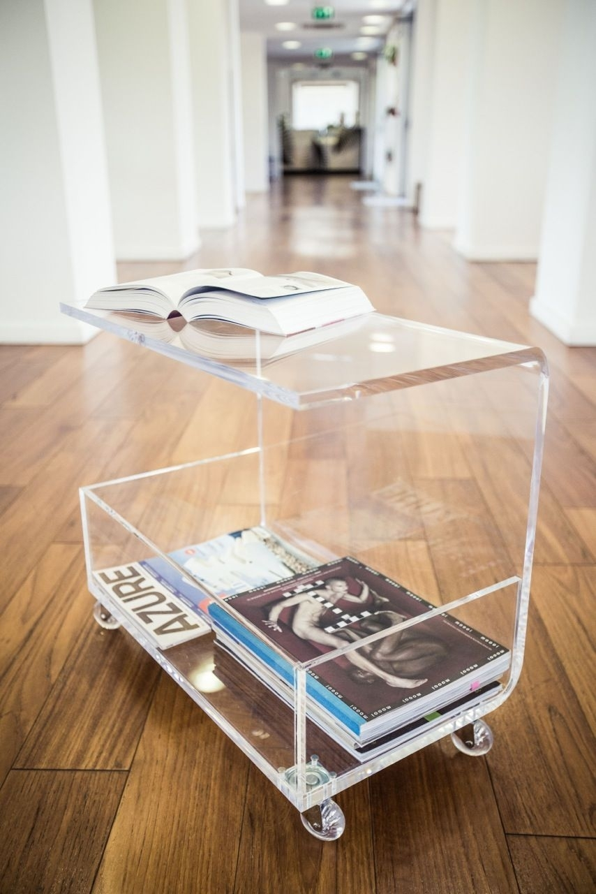 Clear Acrylic Coffee Table With Magazine Rack. Www.framuntechno with regard to Modern Acrylic Coffee Tables (Image 10 of 30)