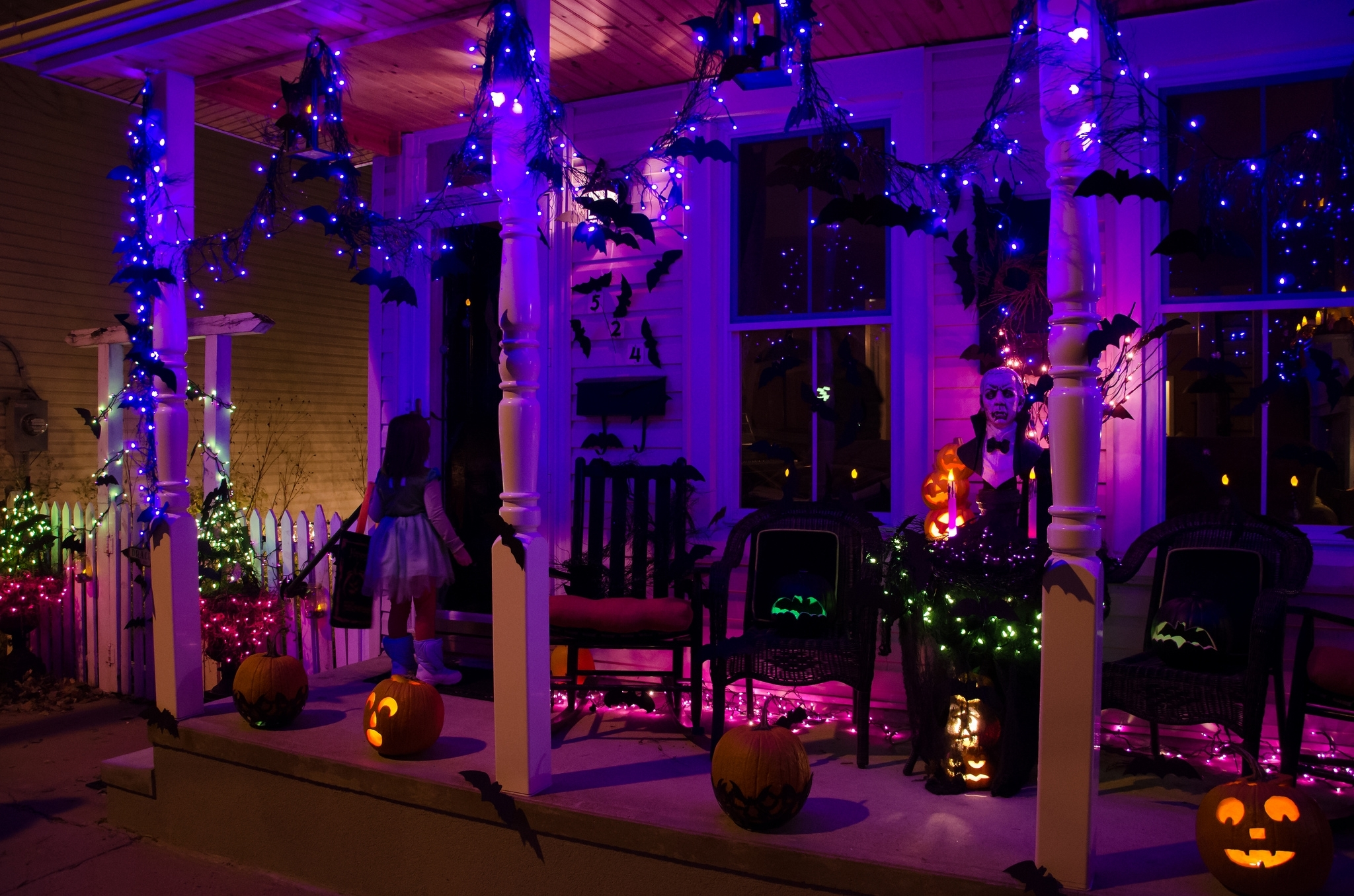 Complete List Of Halloween Decorations Ideas In Your Home regarding Outdoor Halloween Lanterns (Image 9 of 20)