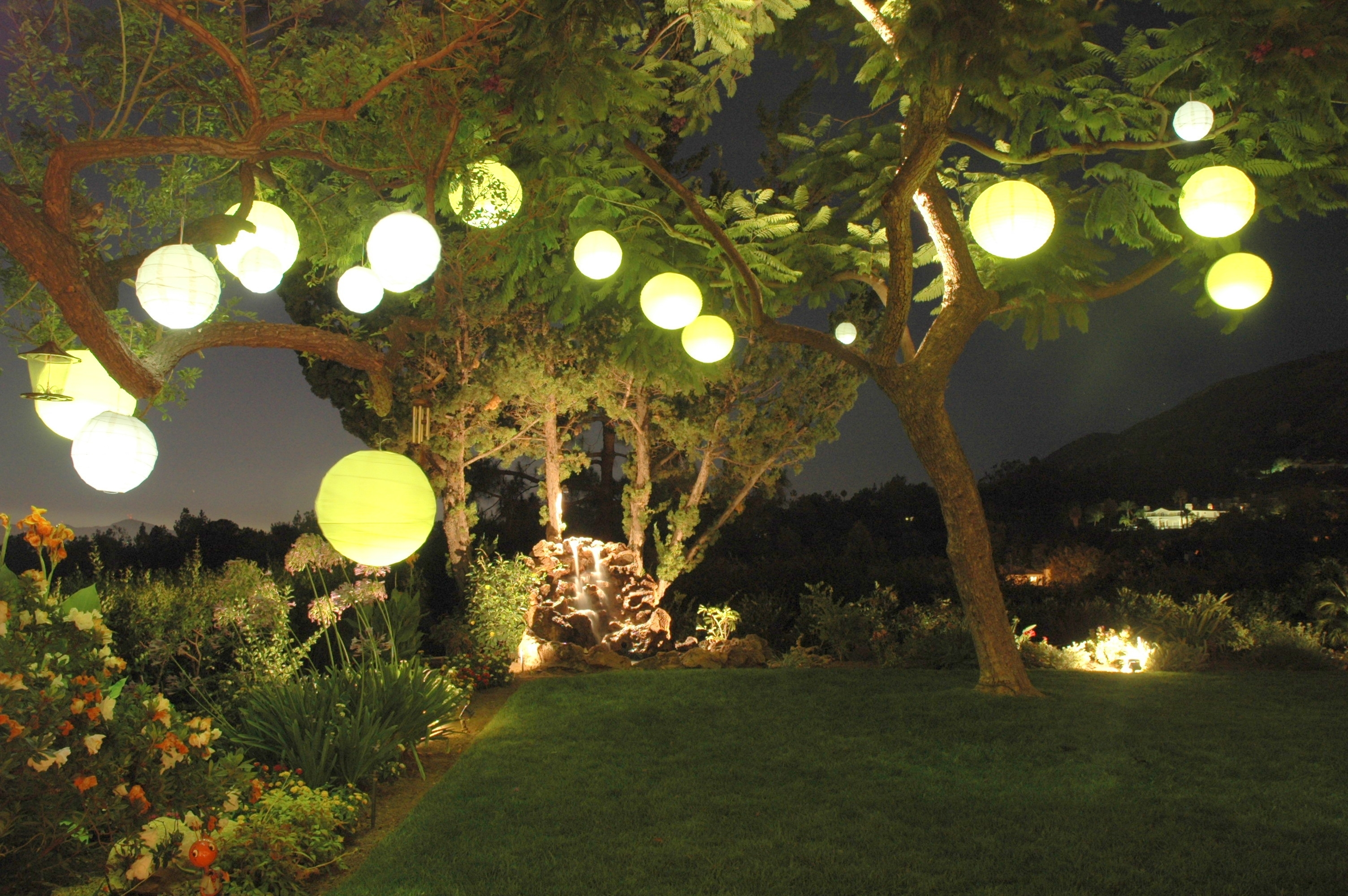 Decorating: Garden Party With Paper Lantern Light With Regard To Outdoor Paper Lanterns (View 8 of 20)