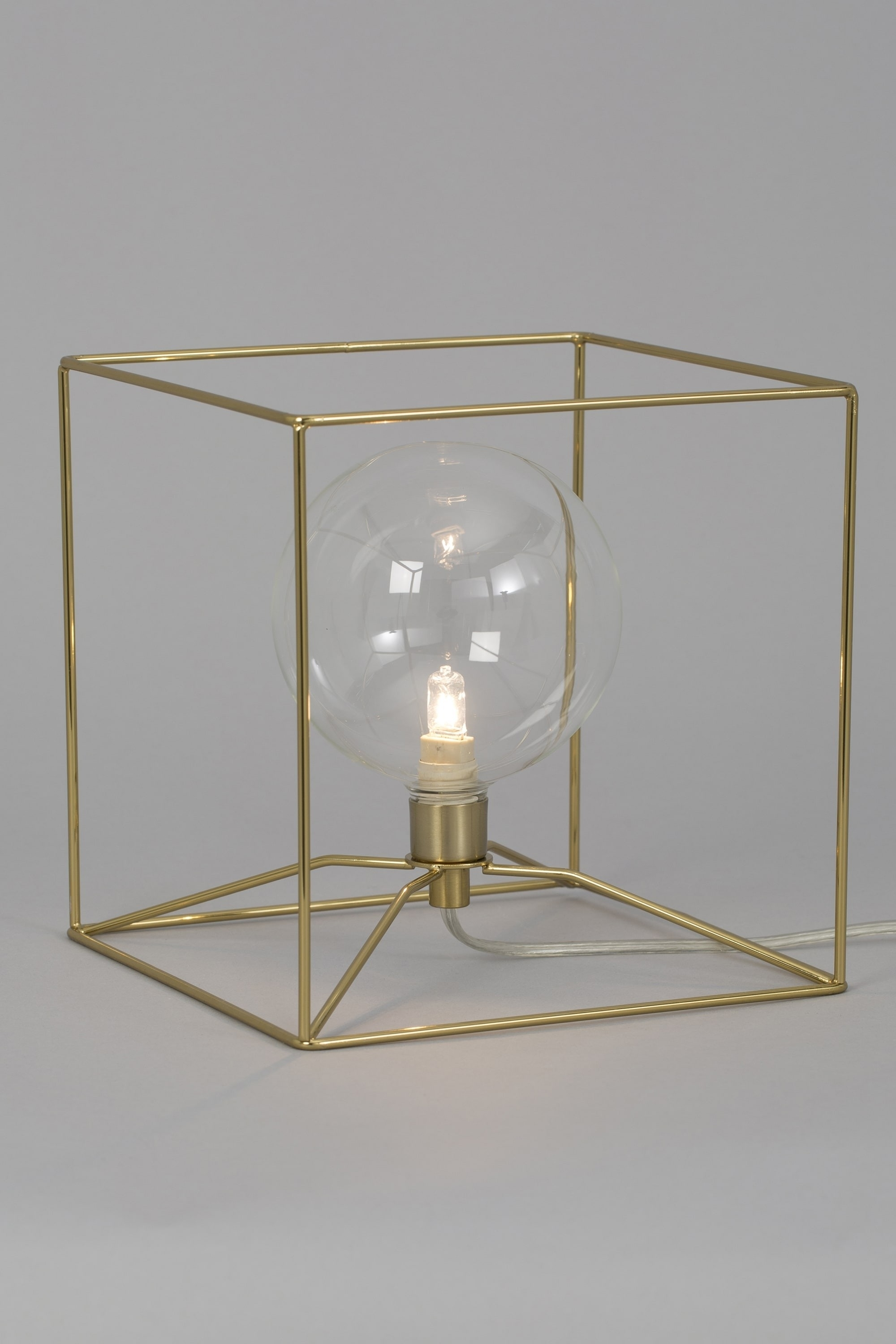 Geometric Cube Brass Wire Table Lamp with regard to Brass Iron Cube Tables (Image 16 of 30)