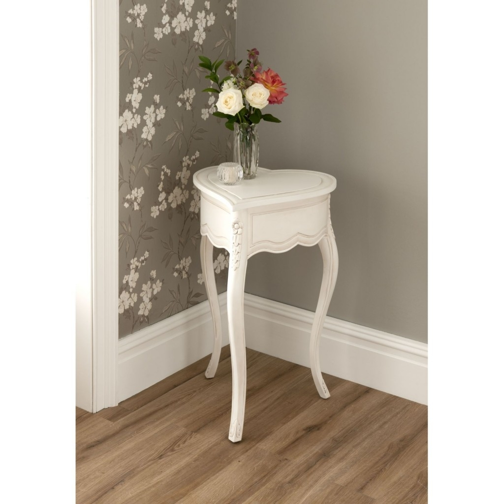 Innovative Small Corner Accent Table With These Little Accent Tables with regard to Fresh Cut Side Tables (Image 15 of 30)