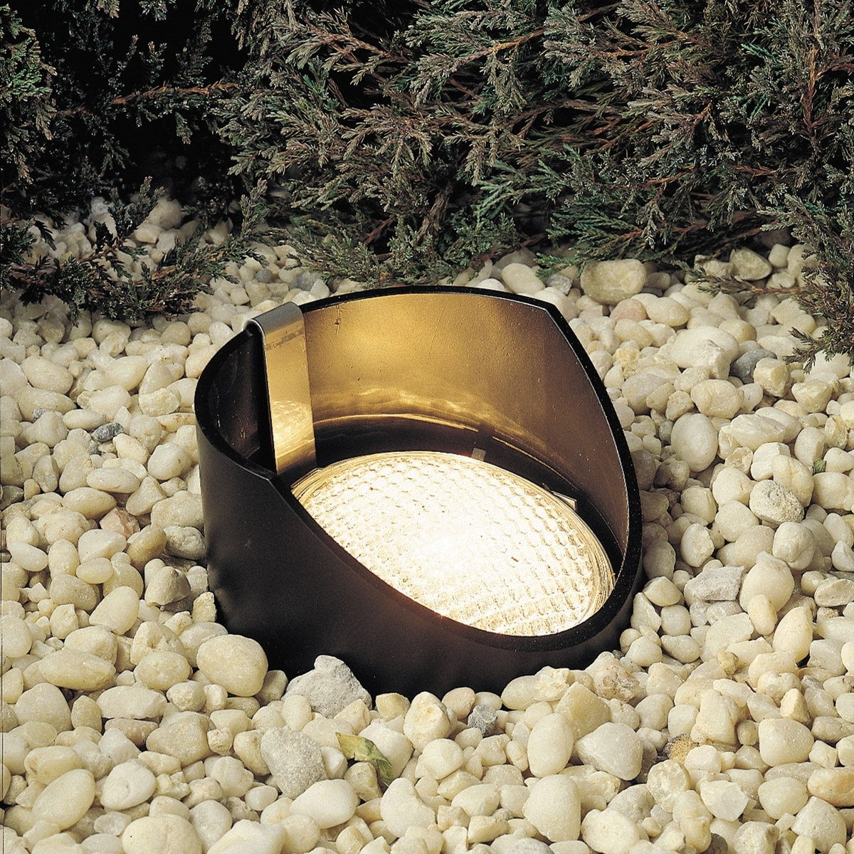 Kichler 15088Bk 12V Outdoor In Ground Well Light Throughout Outdoor Ground Lanterns (Gallery 18 of 20)