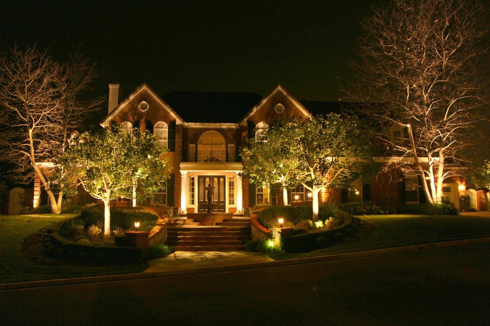 Landscape Lighting | R&r Caddick Landscape Design in Outdoor Yard Lanterns (Image 10 of 20)