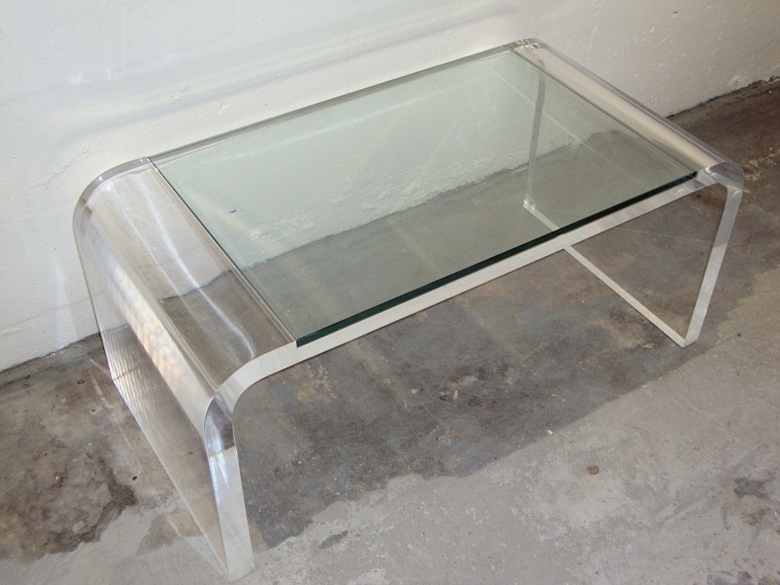 Lovely Modern Acrylic Side Table • The Ignite Show regarding Modern Acrylic Coffee Tables (Image 19 of 30)
